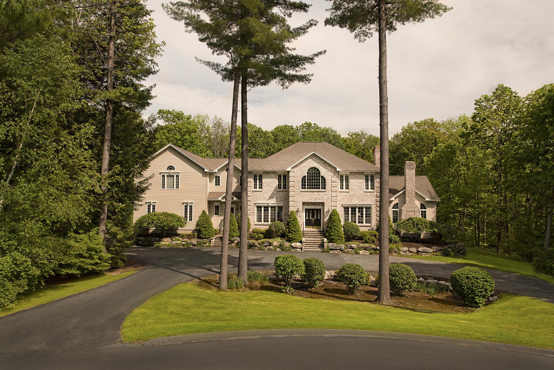 Tek Ailelik Ev için Satış at Outstanding Custom Built Lenox Home 89 Dunmore Ct Lenox, Massachusetts, 01240 Amerika Birleşik Devletleri