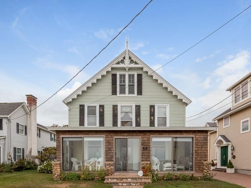 Casa Unifamiliar por un Venta en Summer Cottage 227 Seaside Avenue Westbrook, Connecticut 06498 Estados Unidos