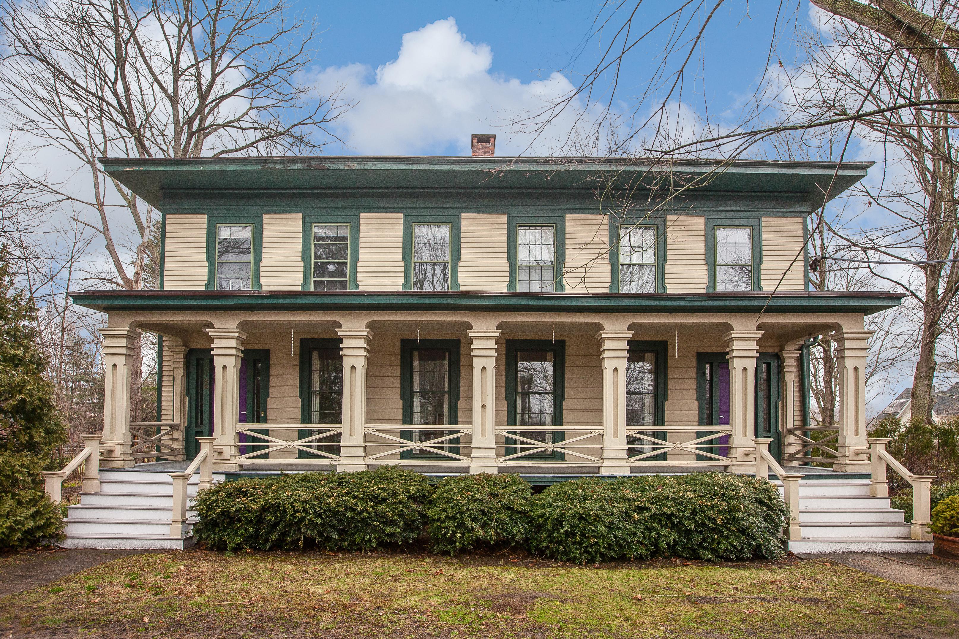 Vivienda unifamiliar por un Venta en 188 Whitfield St Guilford, Connecticut 06437 Estados Unidos