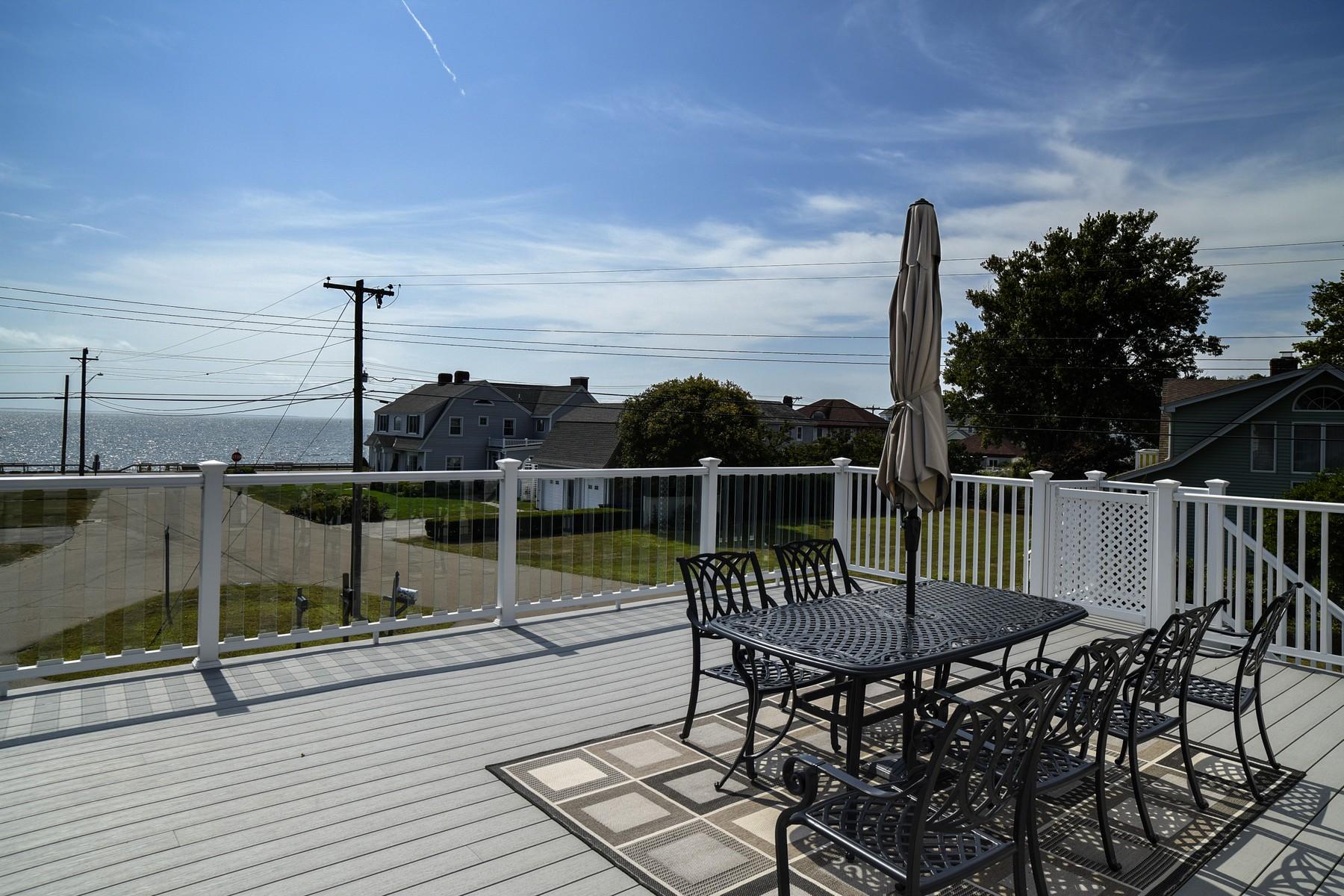 단독 가정 주택 용 매매 에 Unobstructed Views of Long Island Sound 5 Woodland Dr Old Saybrook, 코네티컷, 06475 미국