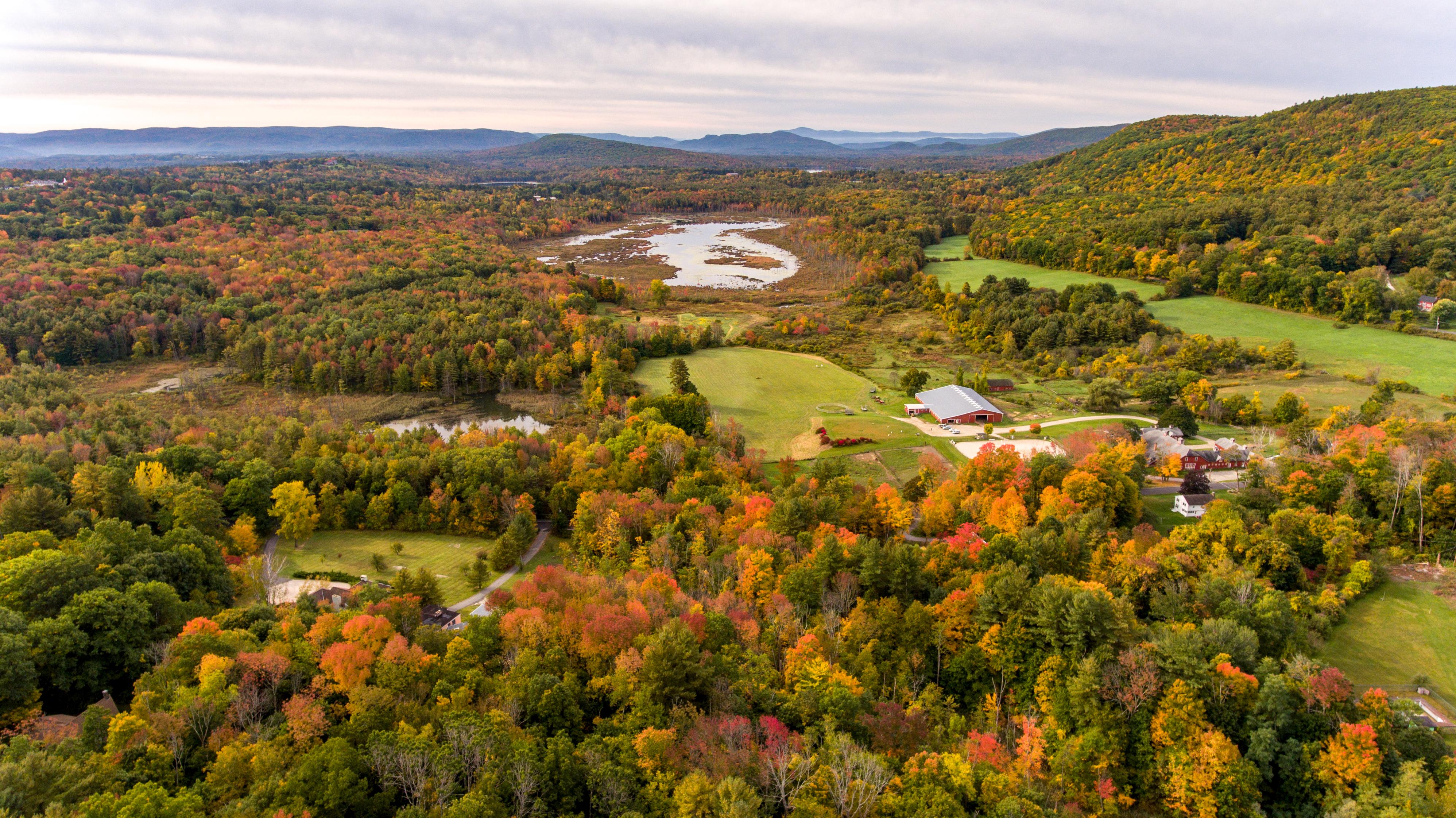 Arazi için Satış at Unbelievable Mountain Views in the Heart of Lenox 429 Under Mountain Rd Lenox, Massachusetts, 01240 Amerika Birleşik Devletleri