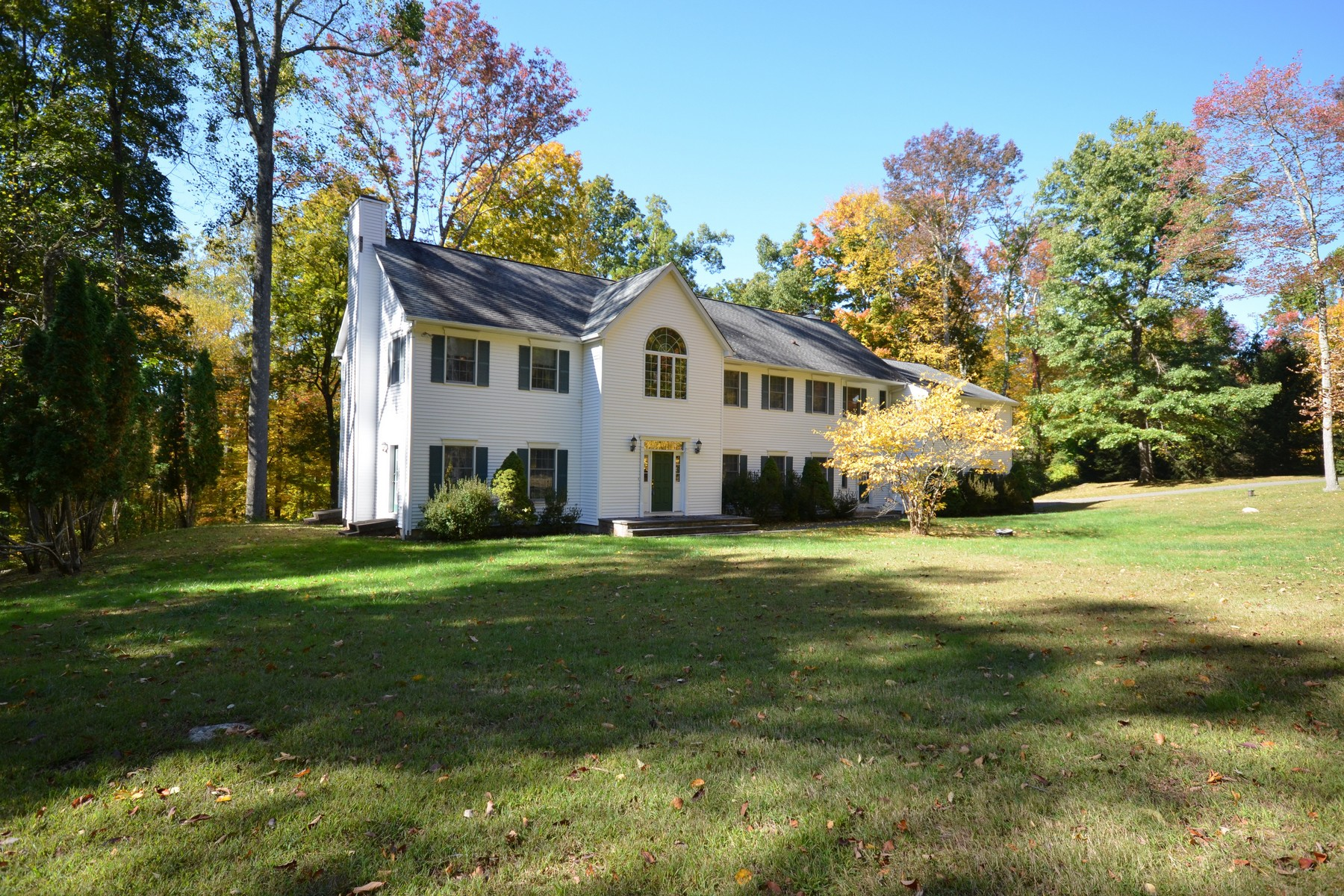 Single Family Home for Sale at Desirable Redding Center Location 50 Deer Hill Road Redding, Connecticut 06896 United States