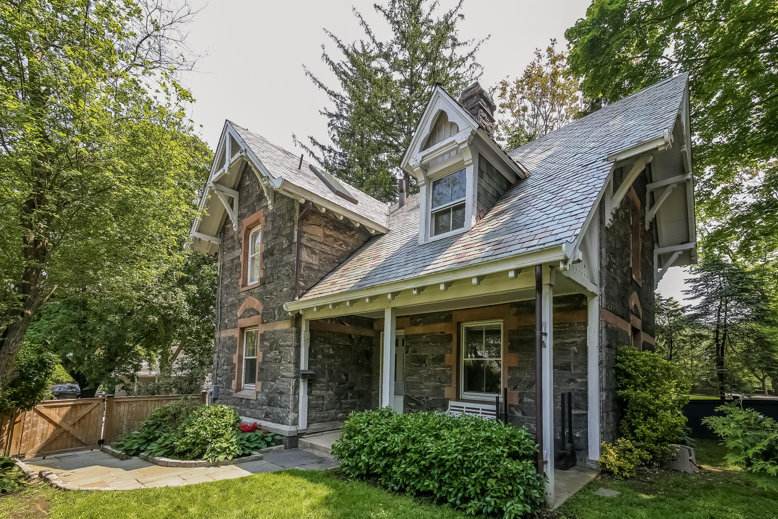 단독 가정 주택 용 매매 에 478 Grace Church Street Rye, 뉴욕, 10573 미국