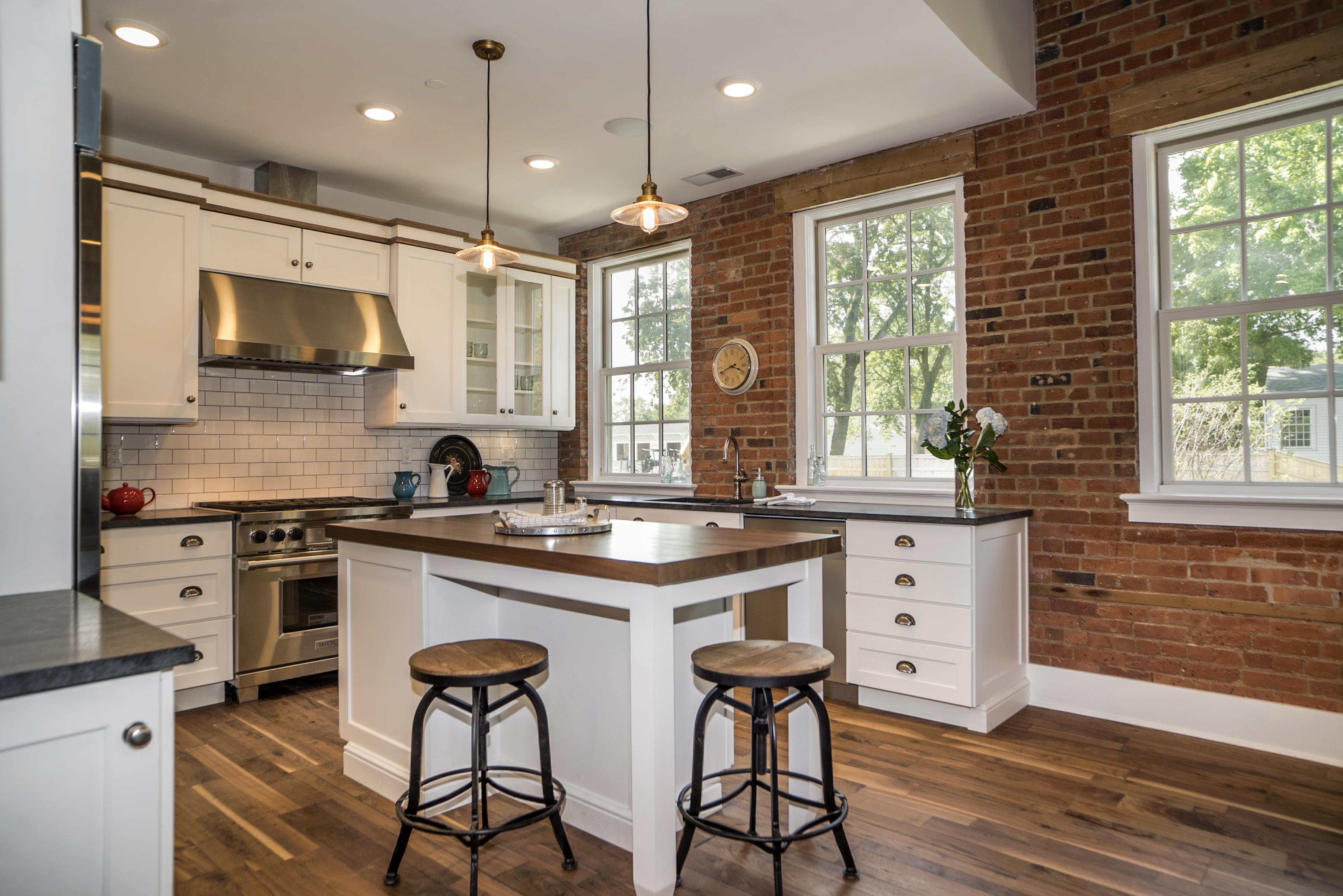 Nhà chung cư vì Bán tại 66 High St 66 High St 1 Guilford, Connecticut, 06437 Hoa Kỳ