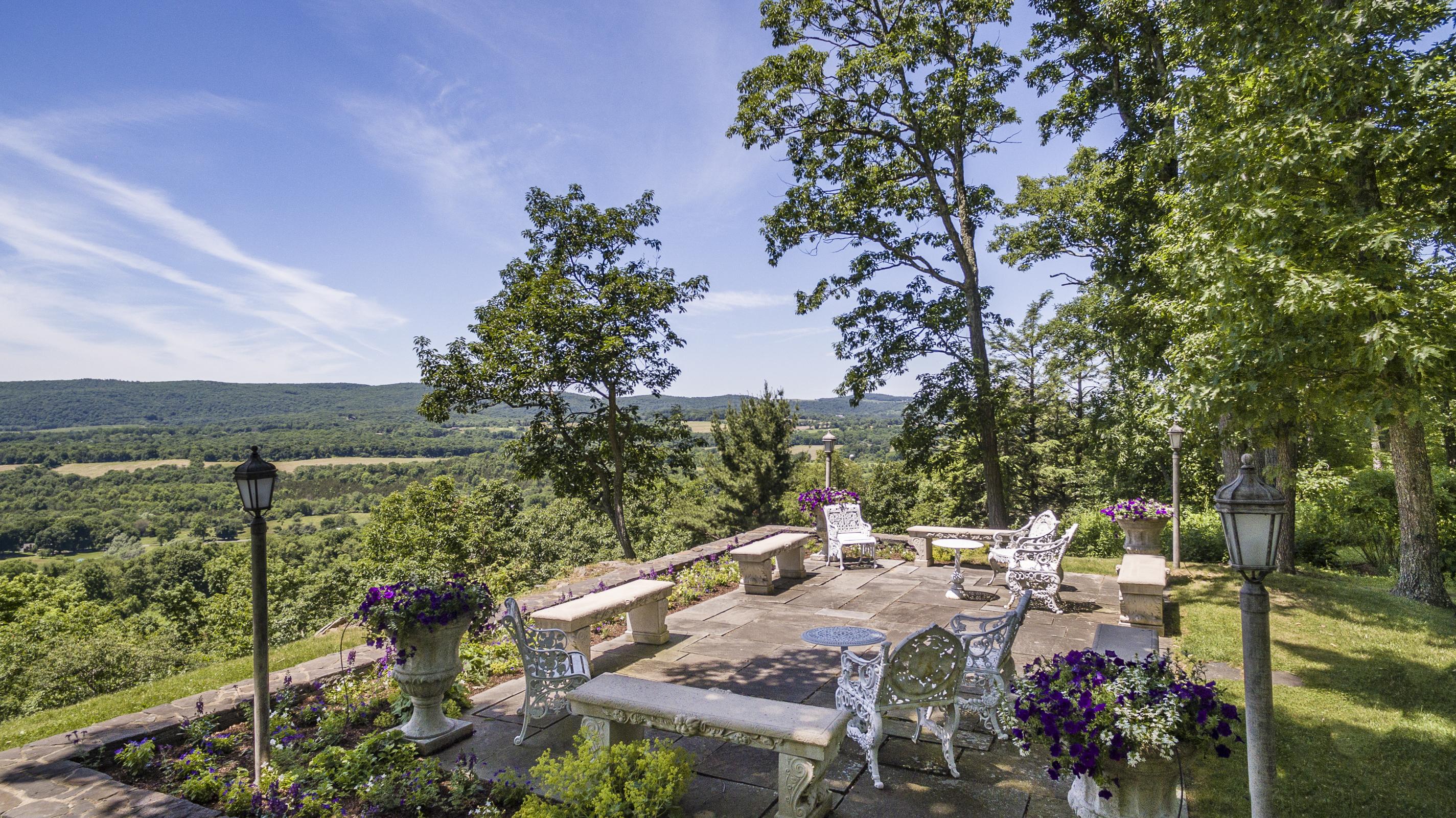 土地 为 销售 在 Western Views 108 Westerly Ridge Drive Amenia, 纽约州, 12501 美国
