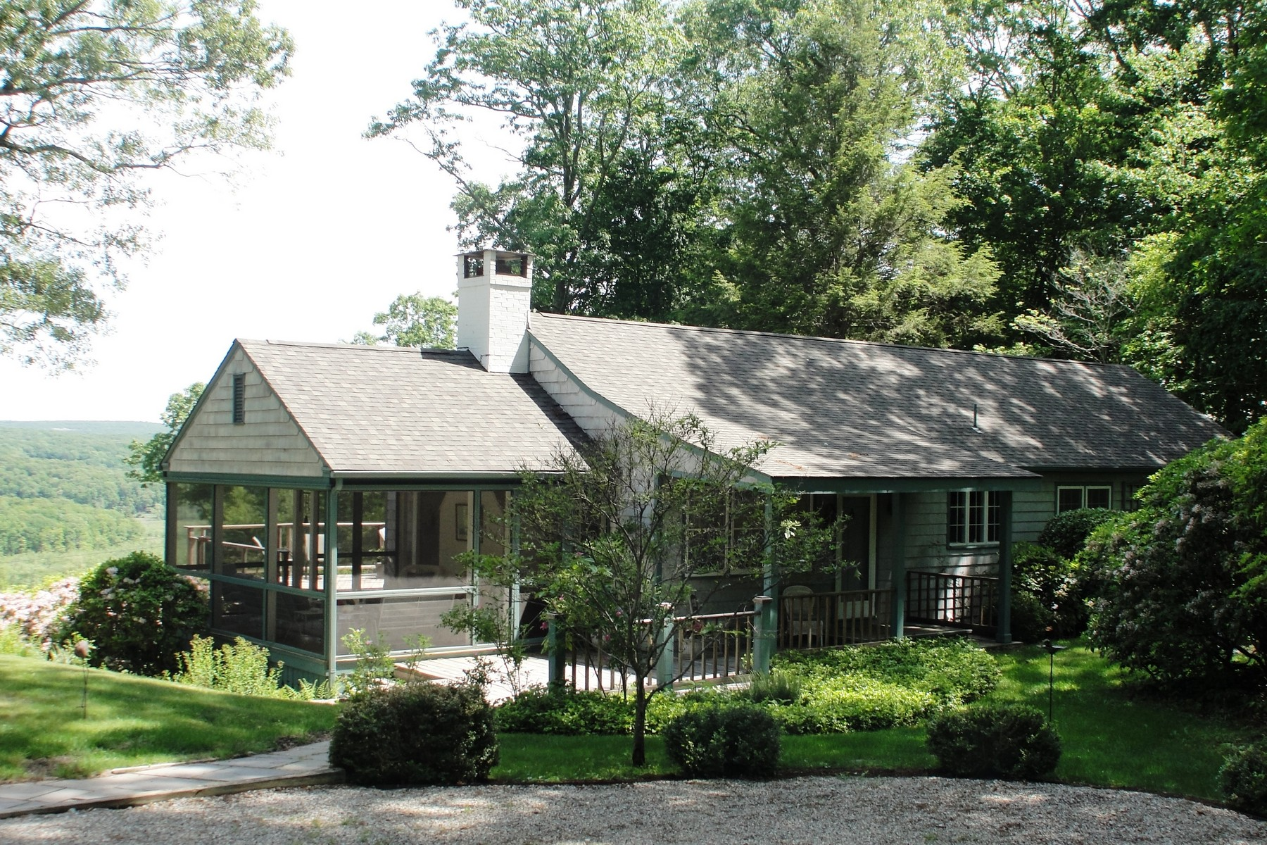 Single Family Home for Sale at Prime Water View Ranch 20 Lobb Lane Deep River, Connecticut 06417 United States