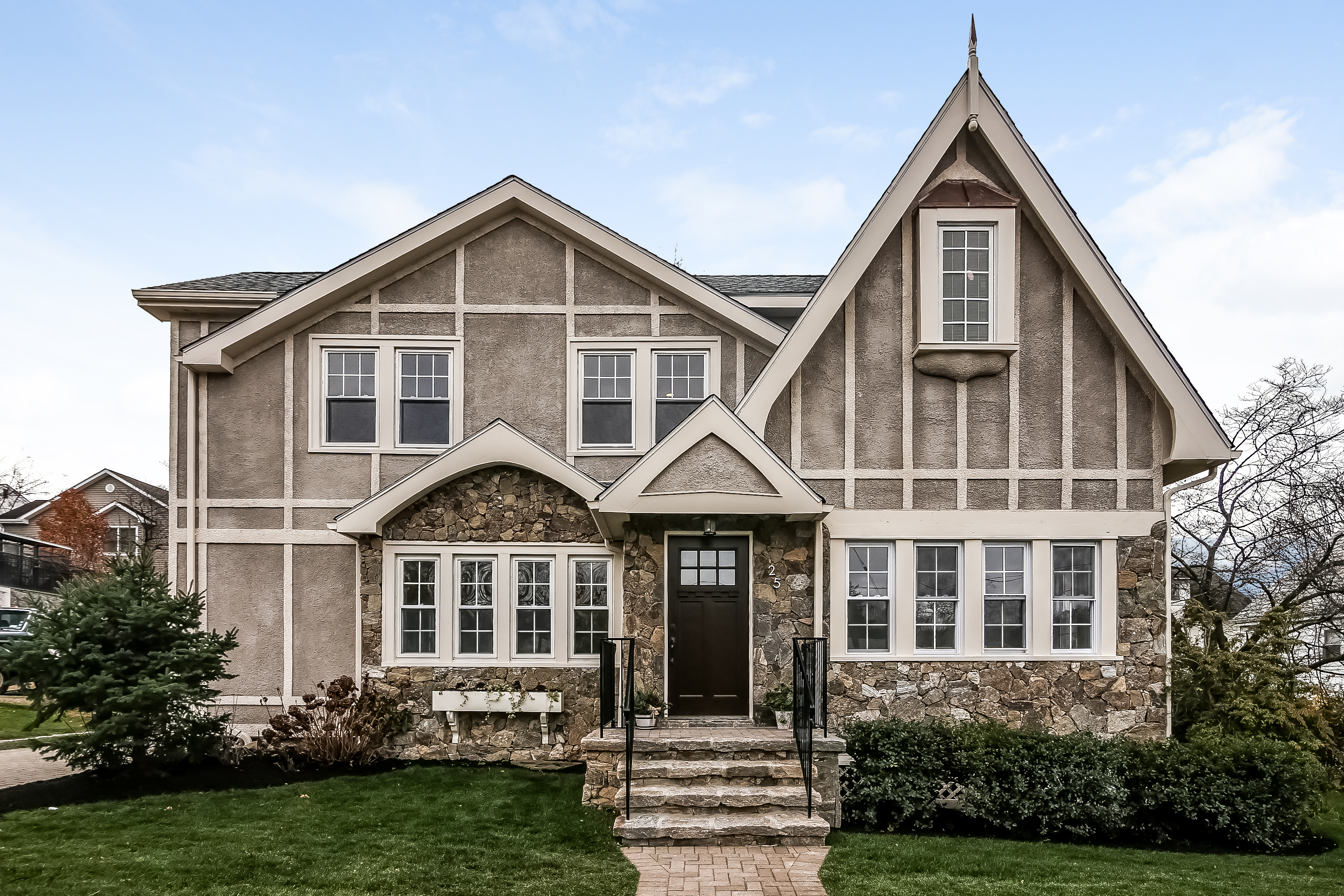 Property For Sale at Armour Villa Tudor