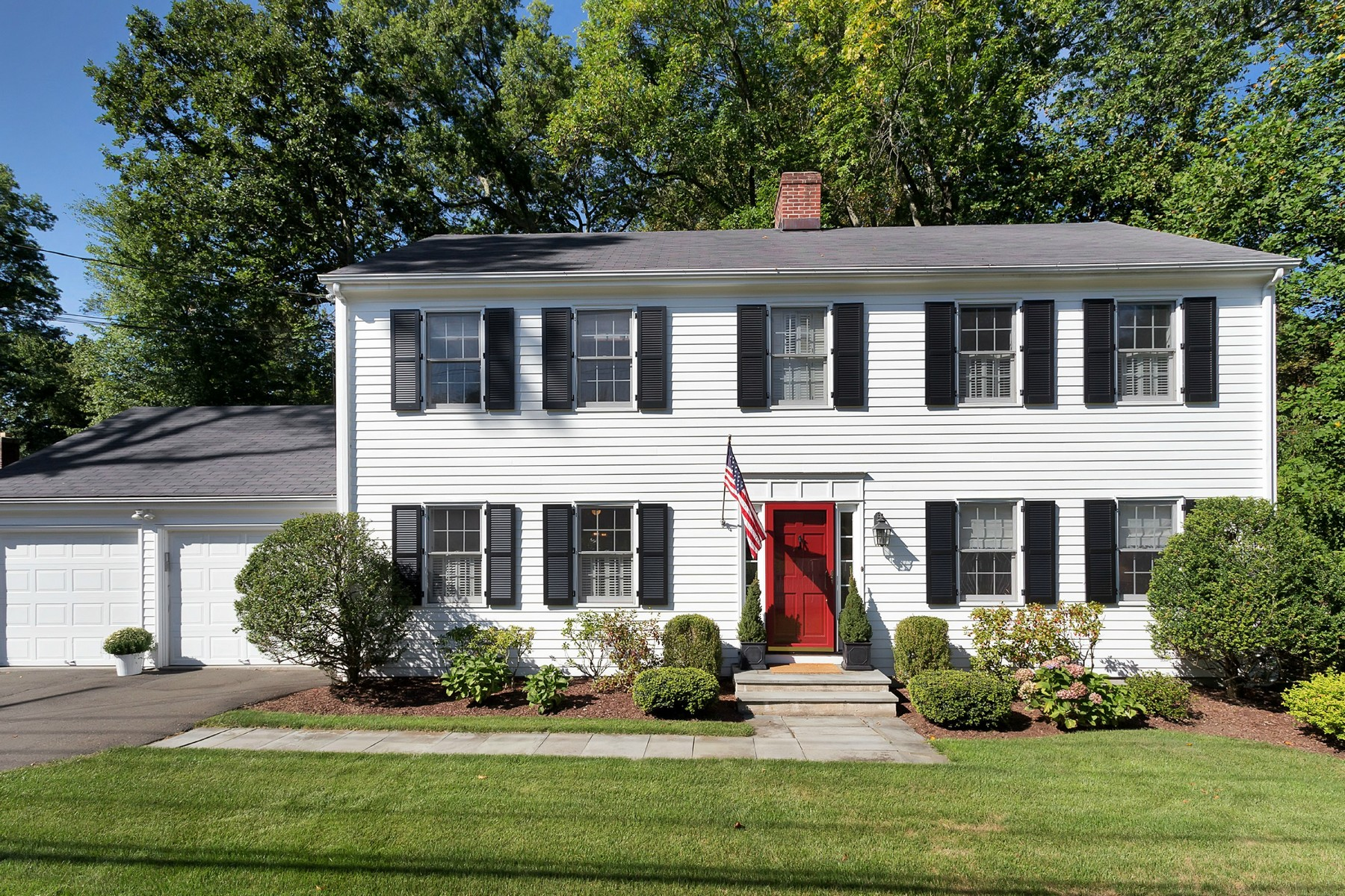Single Family Home for Sale at In-Town Renovated Classic 121 Leroy Darien, Connecticut, 06820 United States
