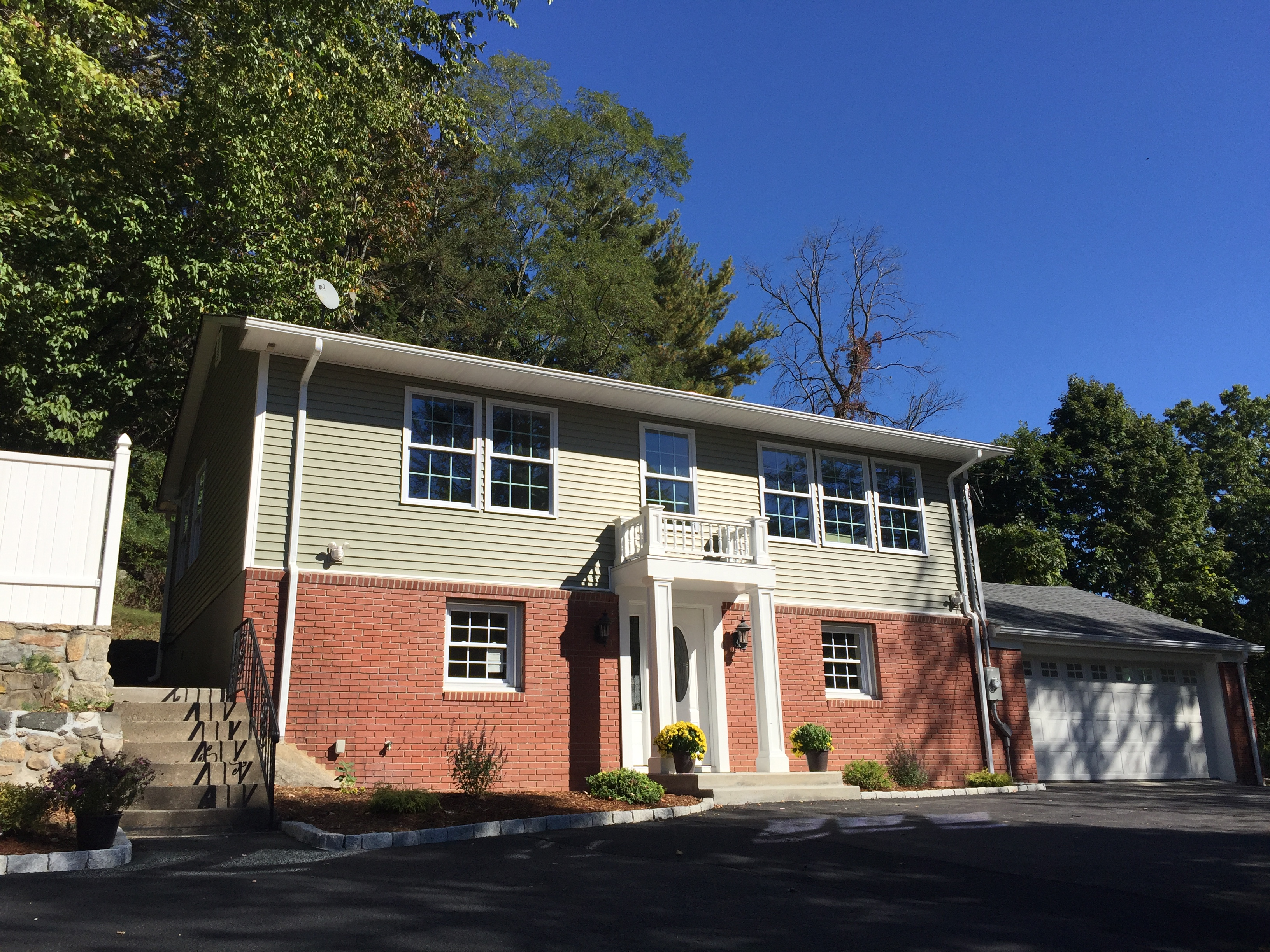Single Family Home for Sale at Attention To Detail 49 Candle Hill Road New Fairfield, Connecticut, 06812 United States