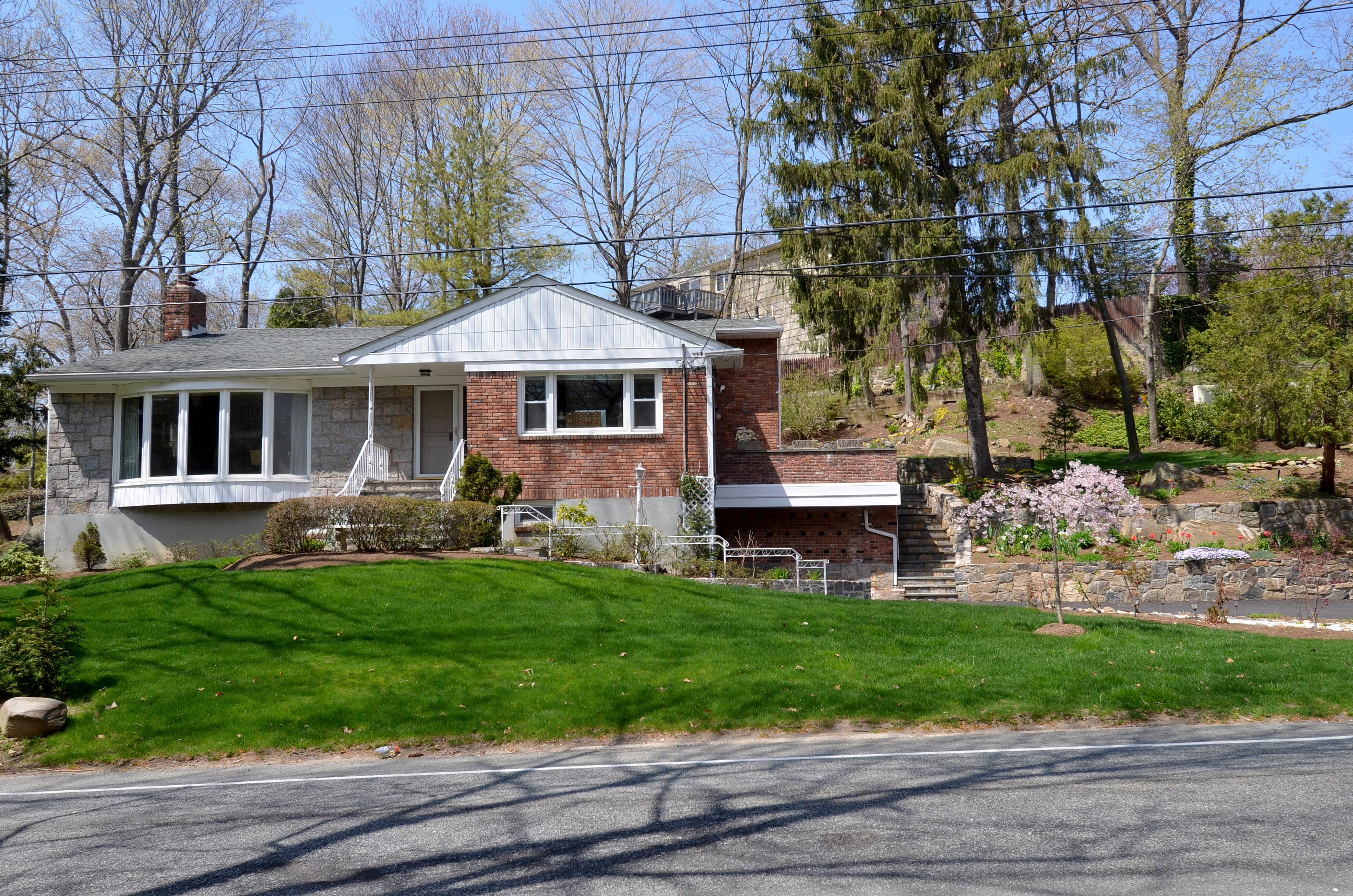 sales property at 450 Pinebrook Boulevard