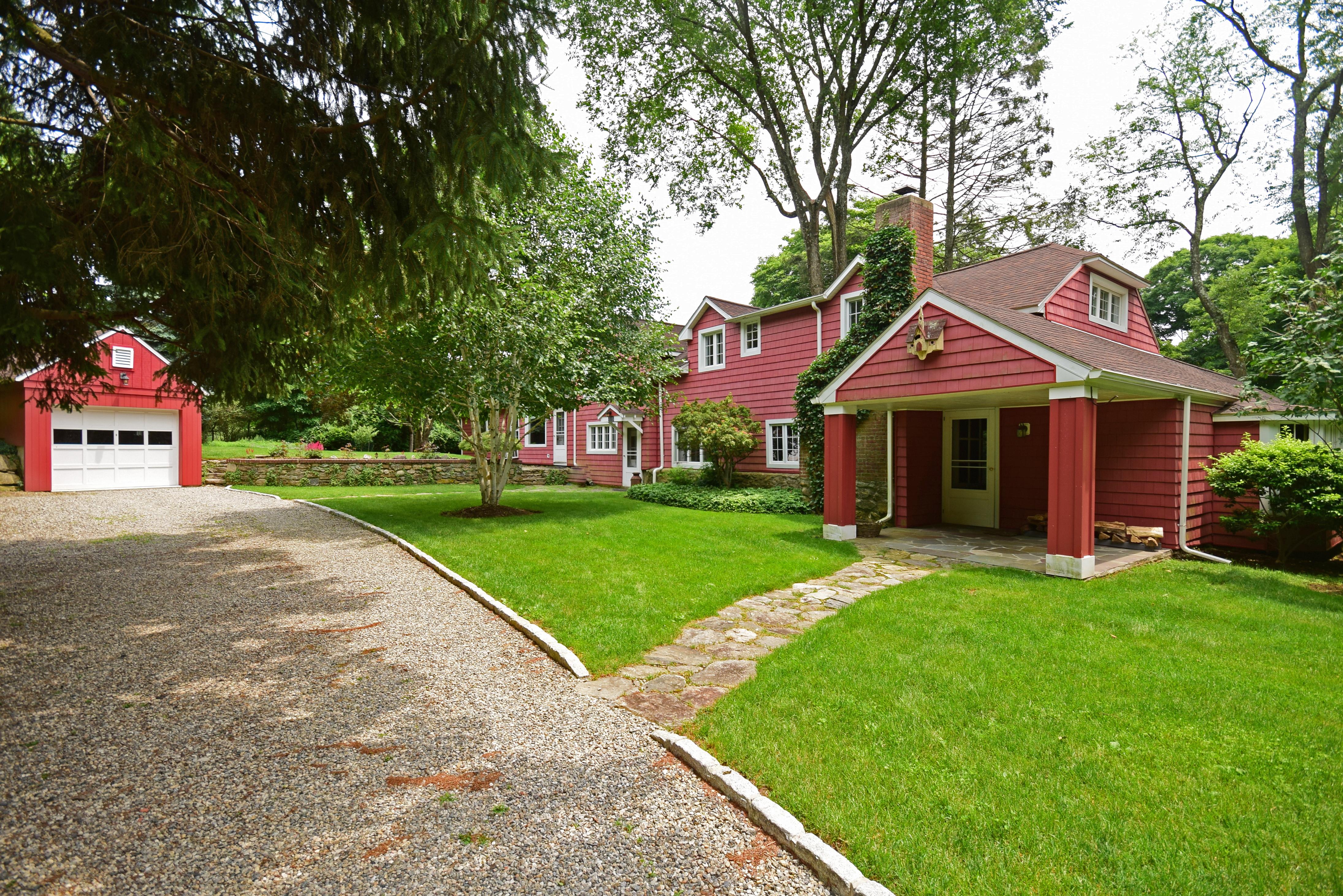 一戸建て のために 売買 アット Charming Silvermine Antique Colonial 148 North Seir Hill Road Norwalk, コネチカット 06850 アメリカ合衆国