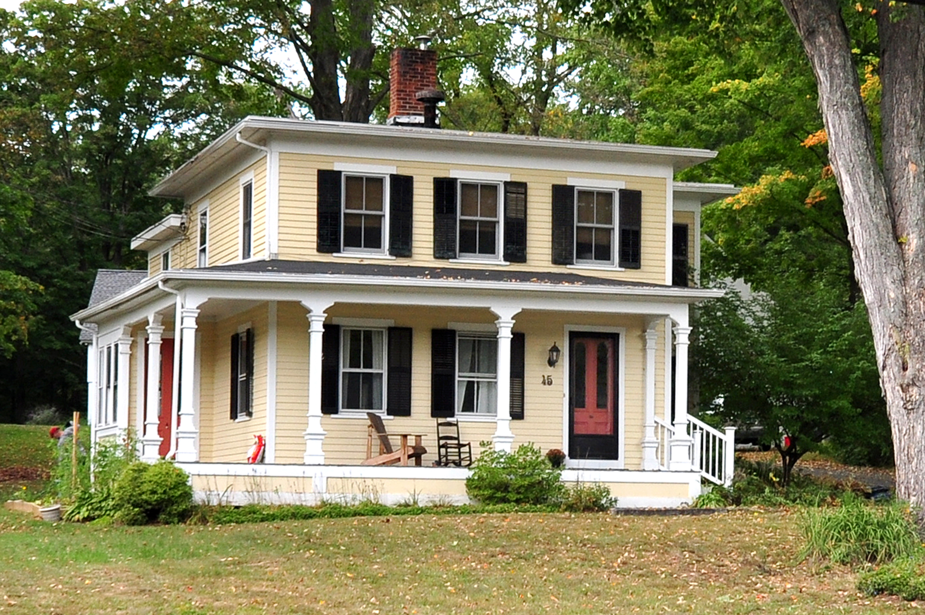 Single Family Home for Sale at Antique with newer detached Guest House 45 & 47 Main St North Woodbury, Connecticut, 06798 United States