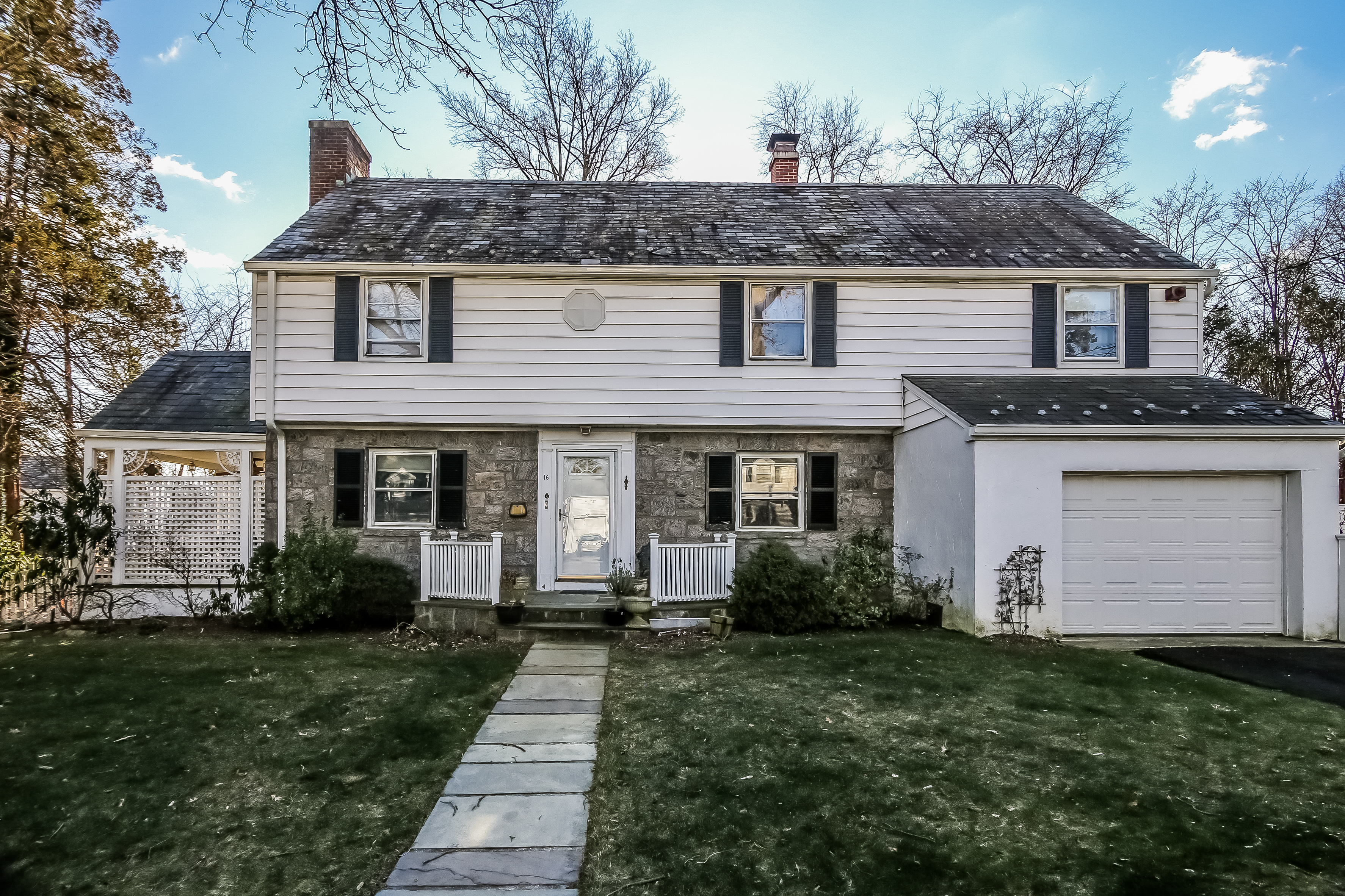 Single Family Home for Sale at Wilmot Woods Colonial 16 Standish Drive Scarsdale, New York 10583 United States
