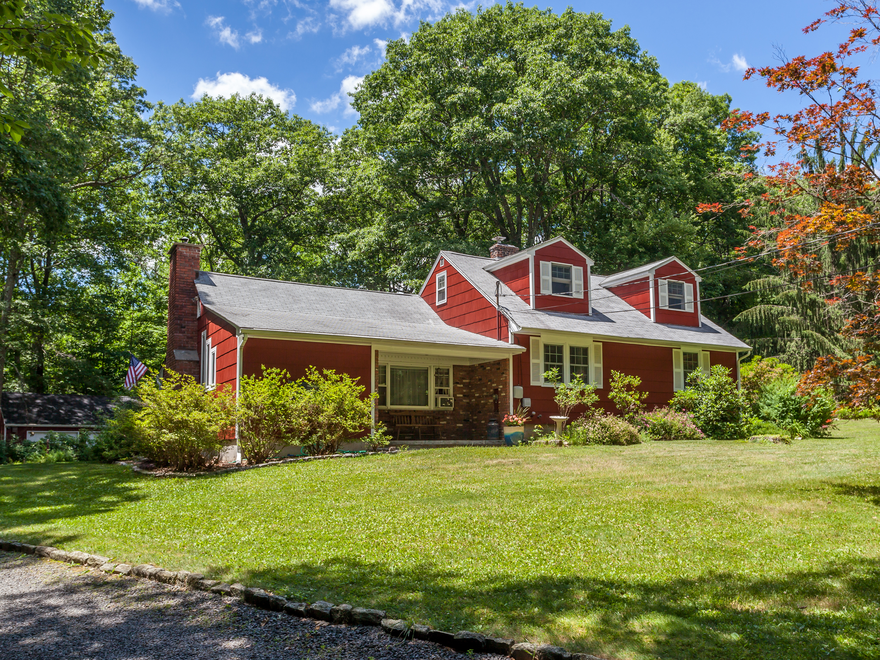 Single Family Home for Sale at Expanded Cape 45 Shortwoods Road New Fairfield, Connecticut, 06812 United States