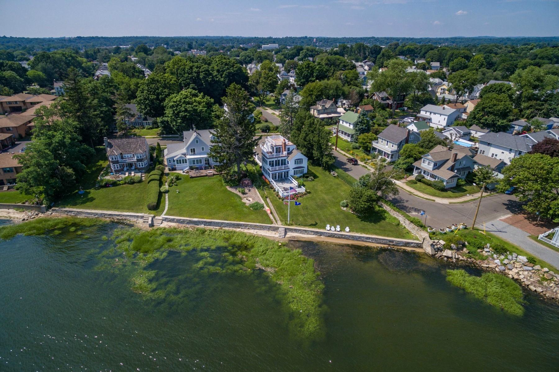 独户住宅 为 销售 在 37 Beacon Street Bridgeport, 康涅狄格州 06605 美国