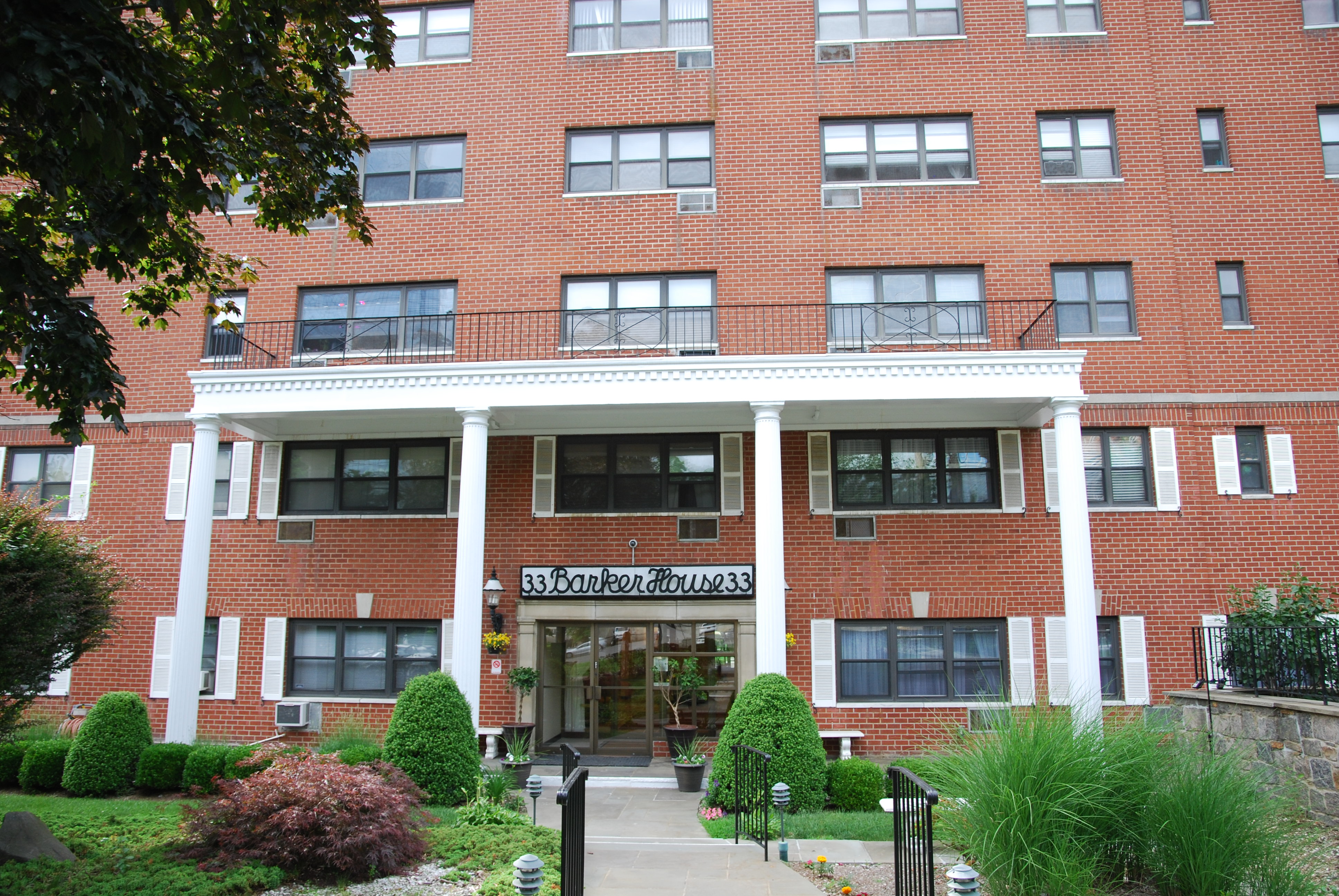 Co-op for Sale at Renovated White Plains Co-op 33 Barker Avenue 2J White Plains, New York, 10601 United States