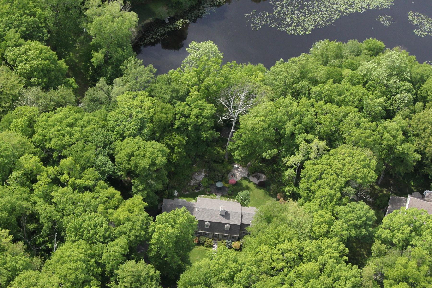 """Maison unifamiliale pour l Vente à """"Laurel Haven"""" - Private Paradise 16 Pelham Lane Ridgefield, Connecticut 06877 États-Unis"""