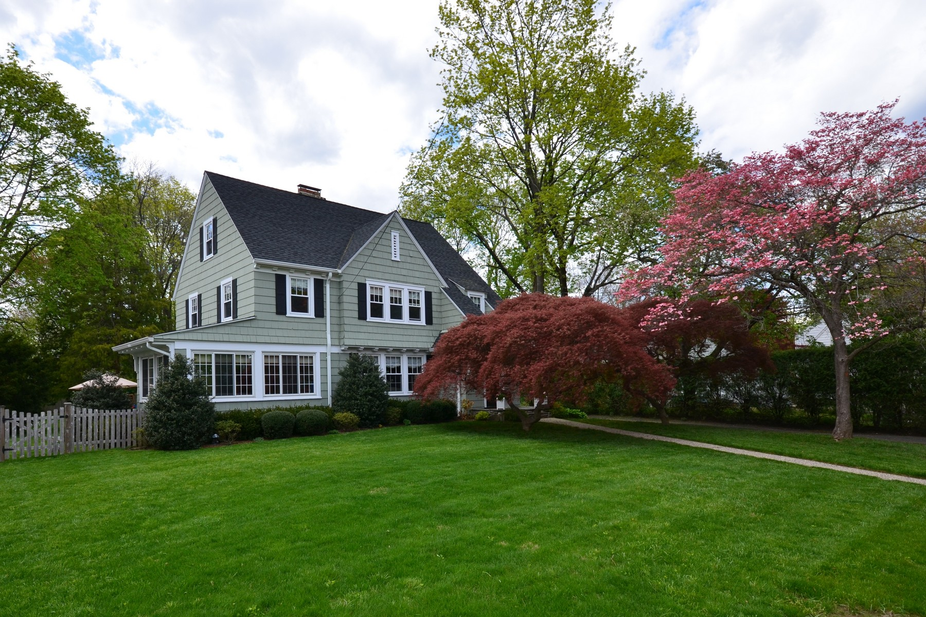 Single Family Home for Sale at Completely Remodeled Vintage Colonial 48 Field Street Stamford, Connecticut, 06906 United States