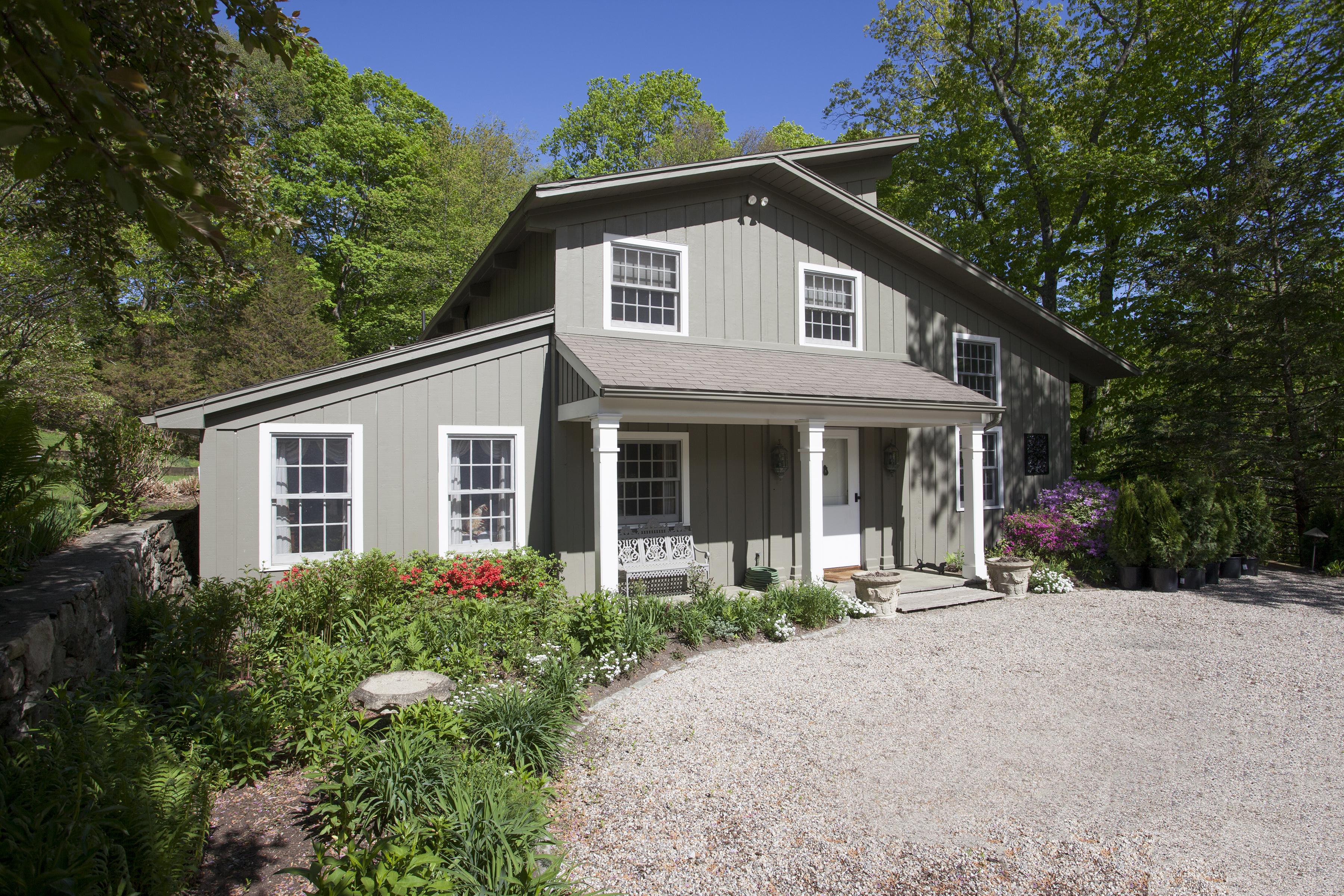 Casa Unifamiliar por un Venta en Stylish Country Home 67 Squire Road Roxbury, Connecticut 06783 Estados Unidos