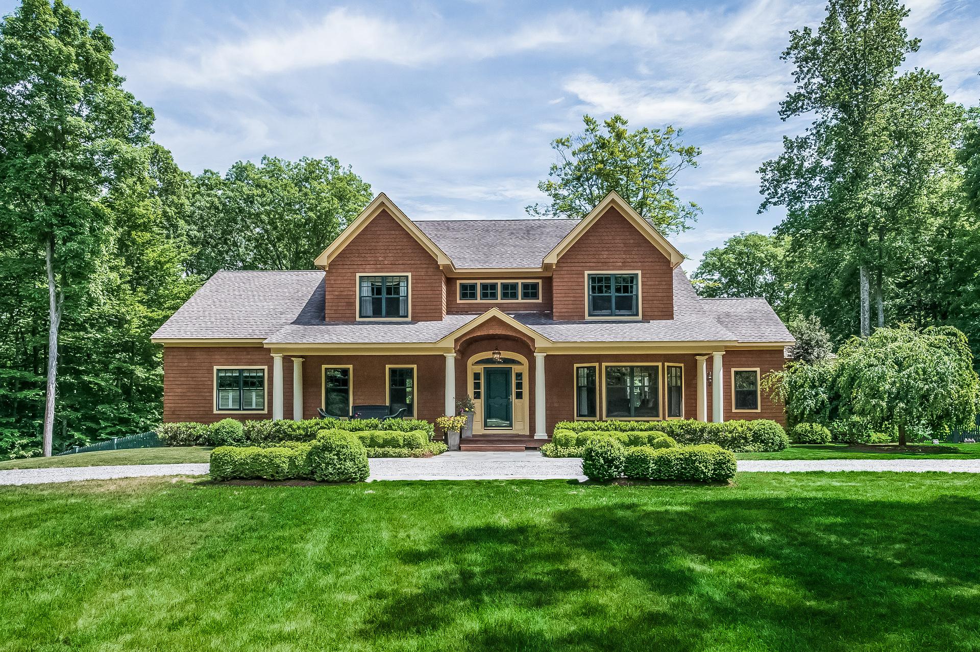 独户住宅 为 销售 在 12 Acre Gentleman's Estate 72 Birch Mill Rd Killingworth, 康涅狄格州 06419 美国