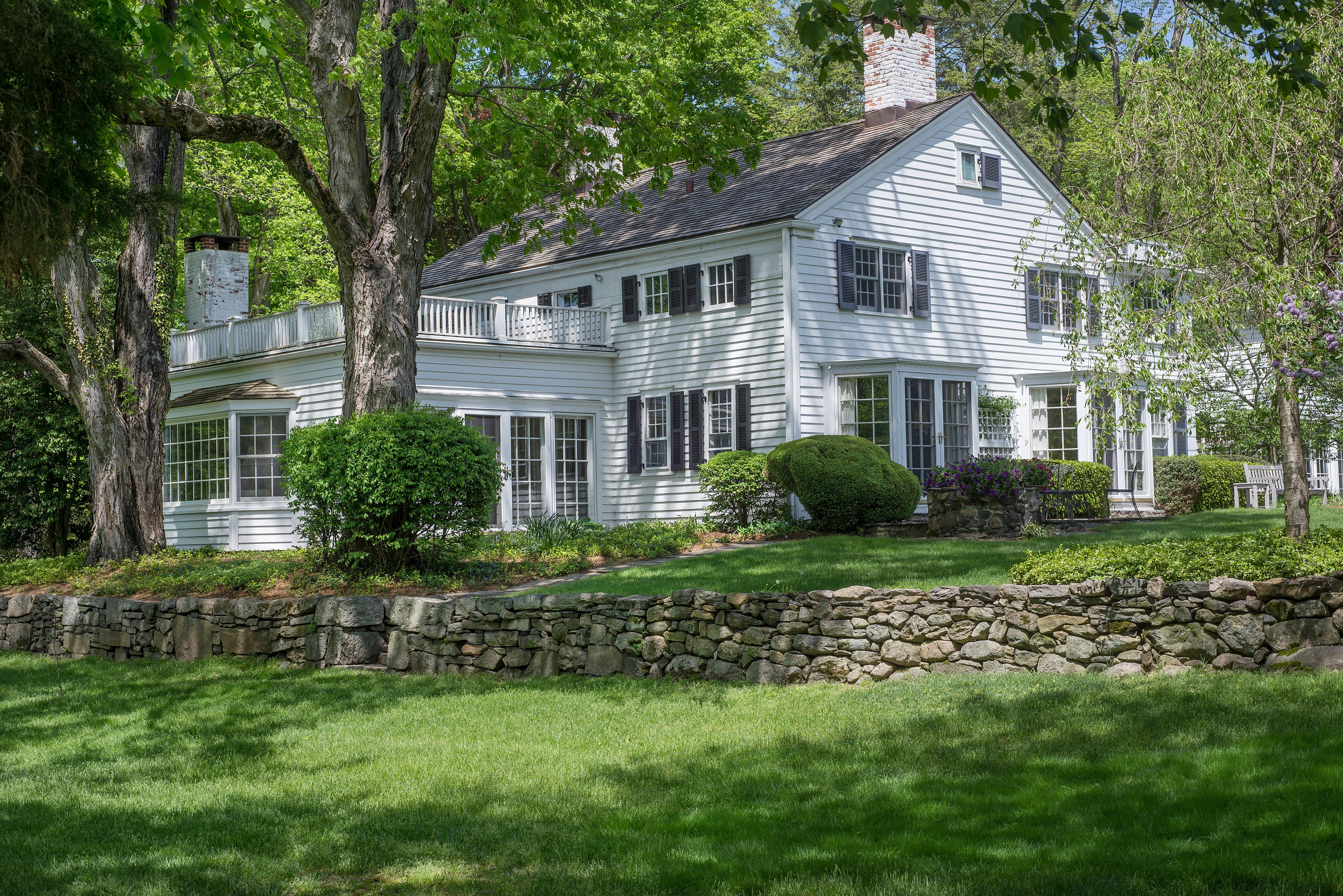 Property For Sale at 1161 Ponus Ridge