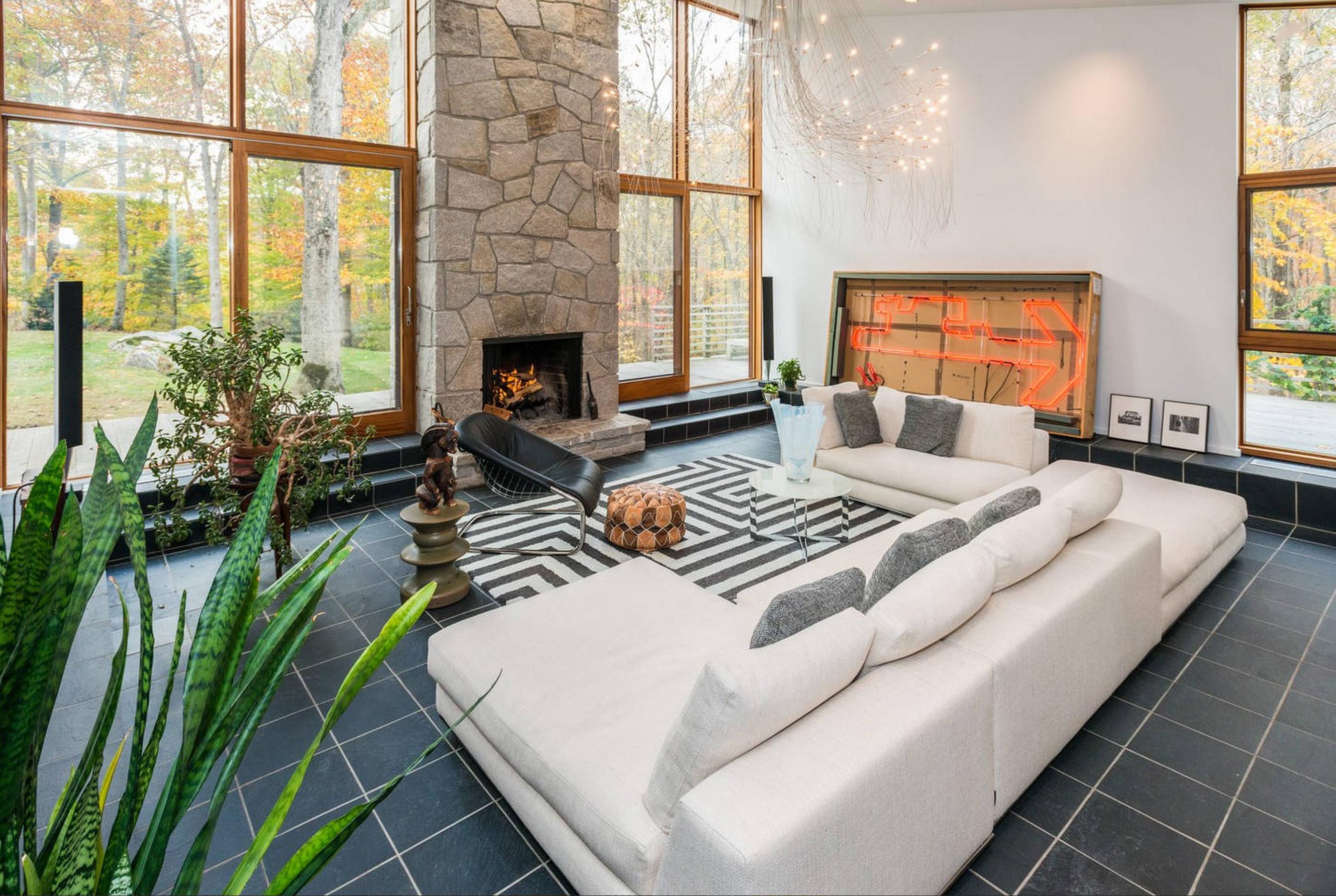 Casa para uma família para Venda às Experience the Art of Living 112 Birch Hill Road Weston, Connecticut 06883 Estados Unidos