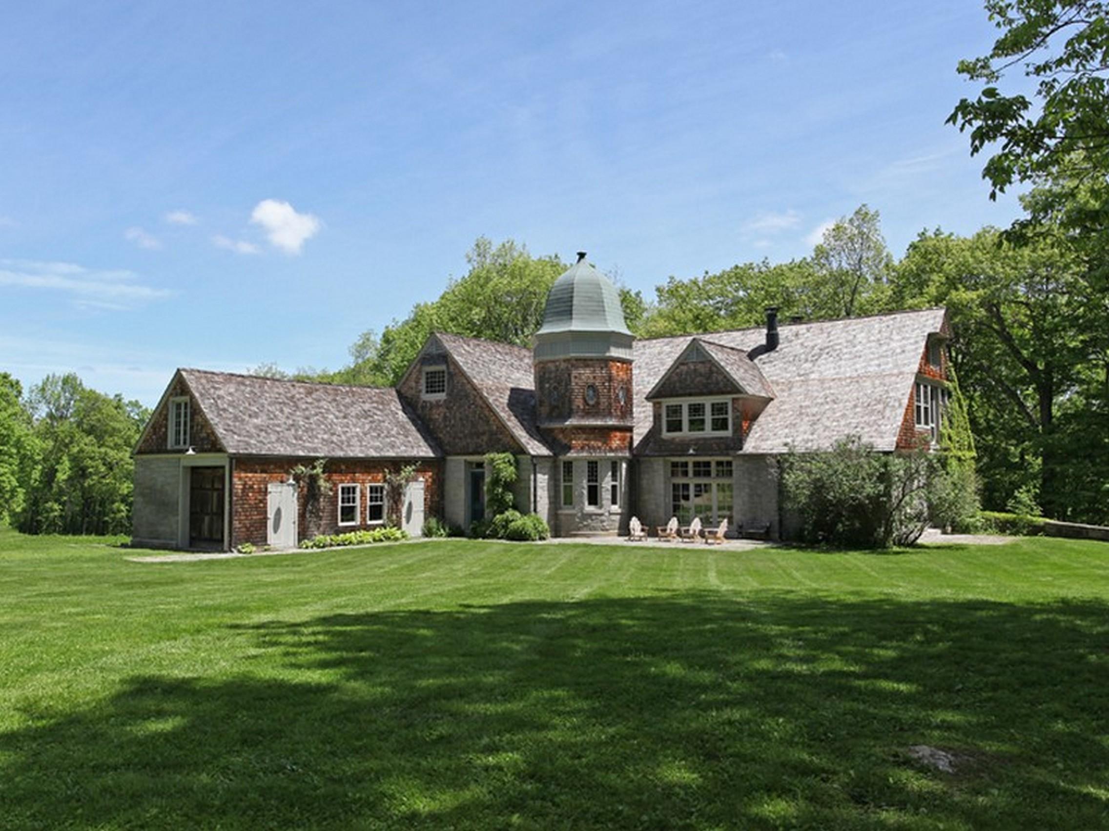 Casa Unifamiliar por un Venta en 1880 Carriage Barn 412 North Lake Street Litchfield, Connecticut, 06759 Estados Unidos