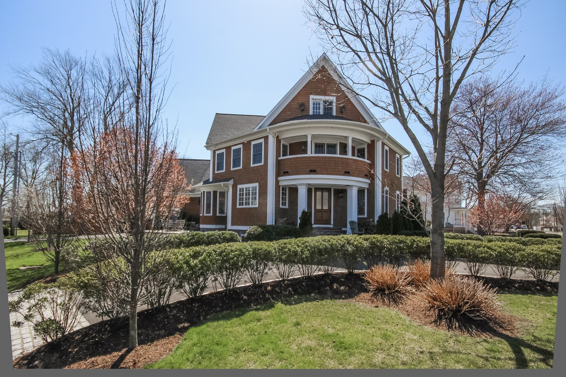 Single Family Home for Sale at BEACH HOUSE 634 South Benson Road Fairfield, Connecticut, 06824 United States