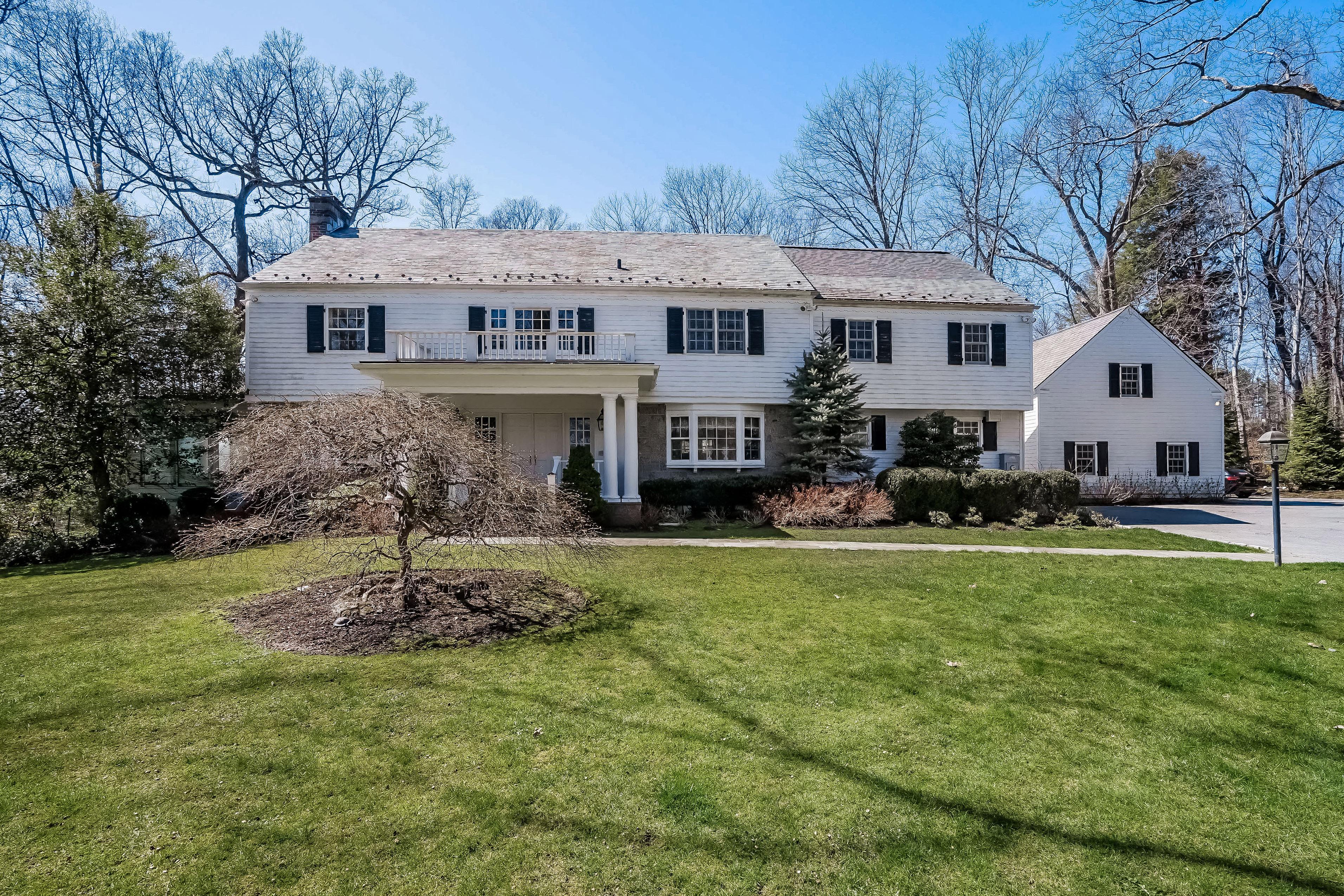 Einfamilienhaus für Verkauf beim 6 Clinton Lane Harrison, New York, 10528 Vereinigte Staaten