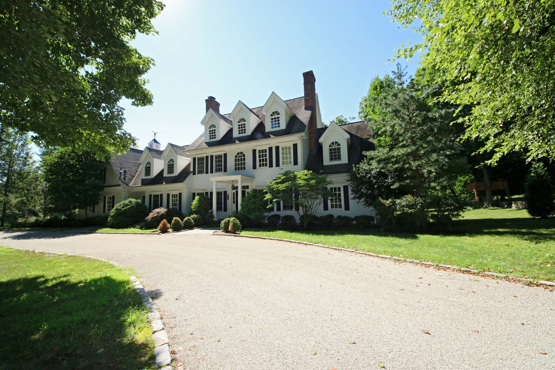 Single Family Home for Sale at STATELY GREENFIELD HILL COLONIAL 429 Verna Hill Road Fairfield, Connecticut 06824 United States