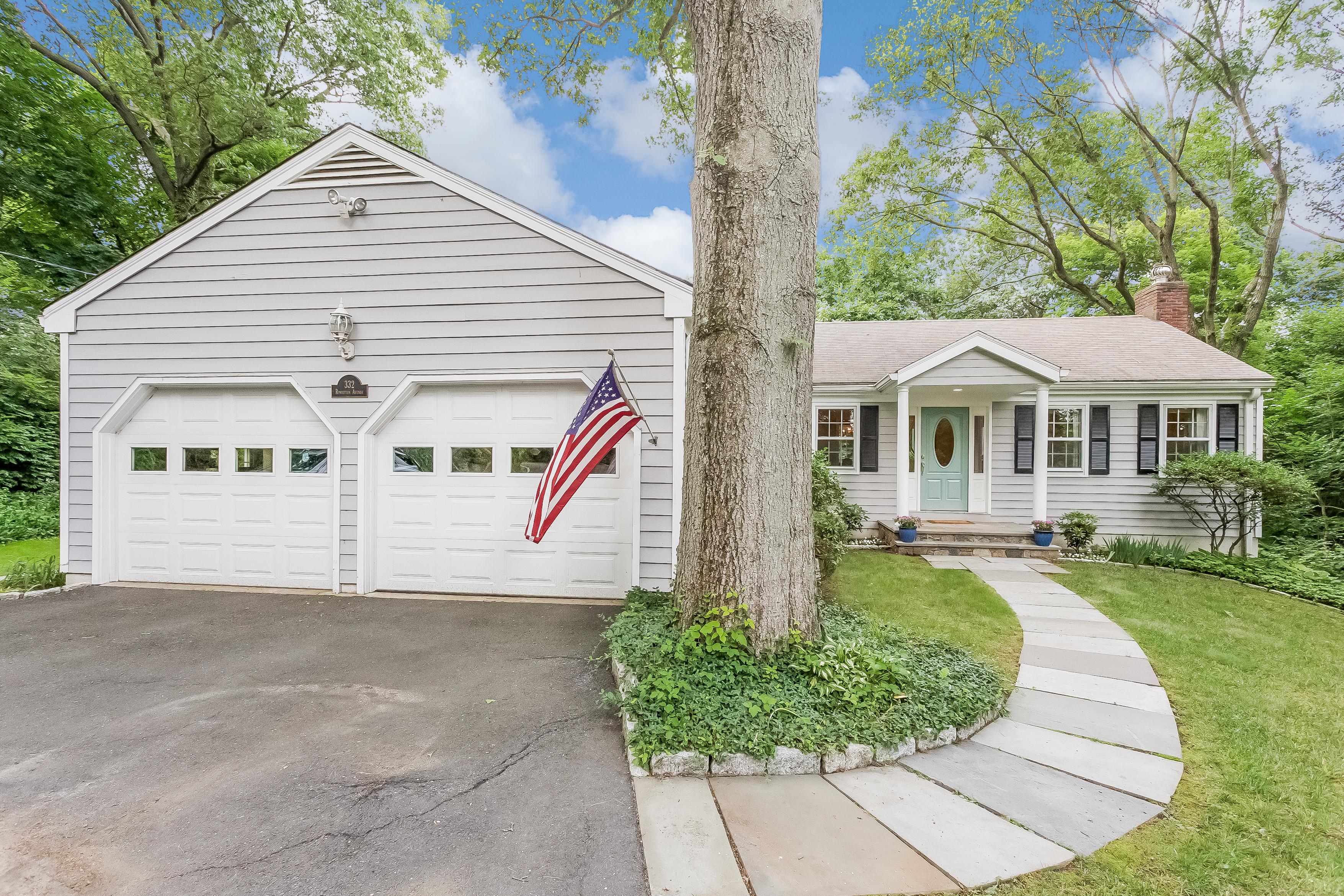 独户住宅 为 销售 在 332 Rowayton Avenue Rowayton, Norwalk, 康涅狄格州 06853 美国