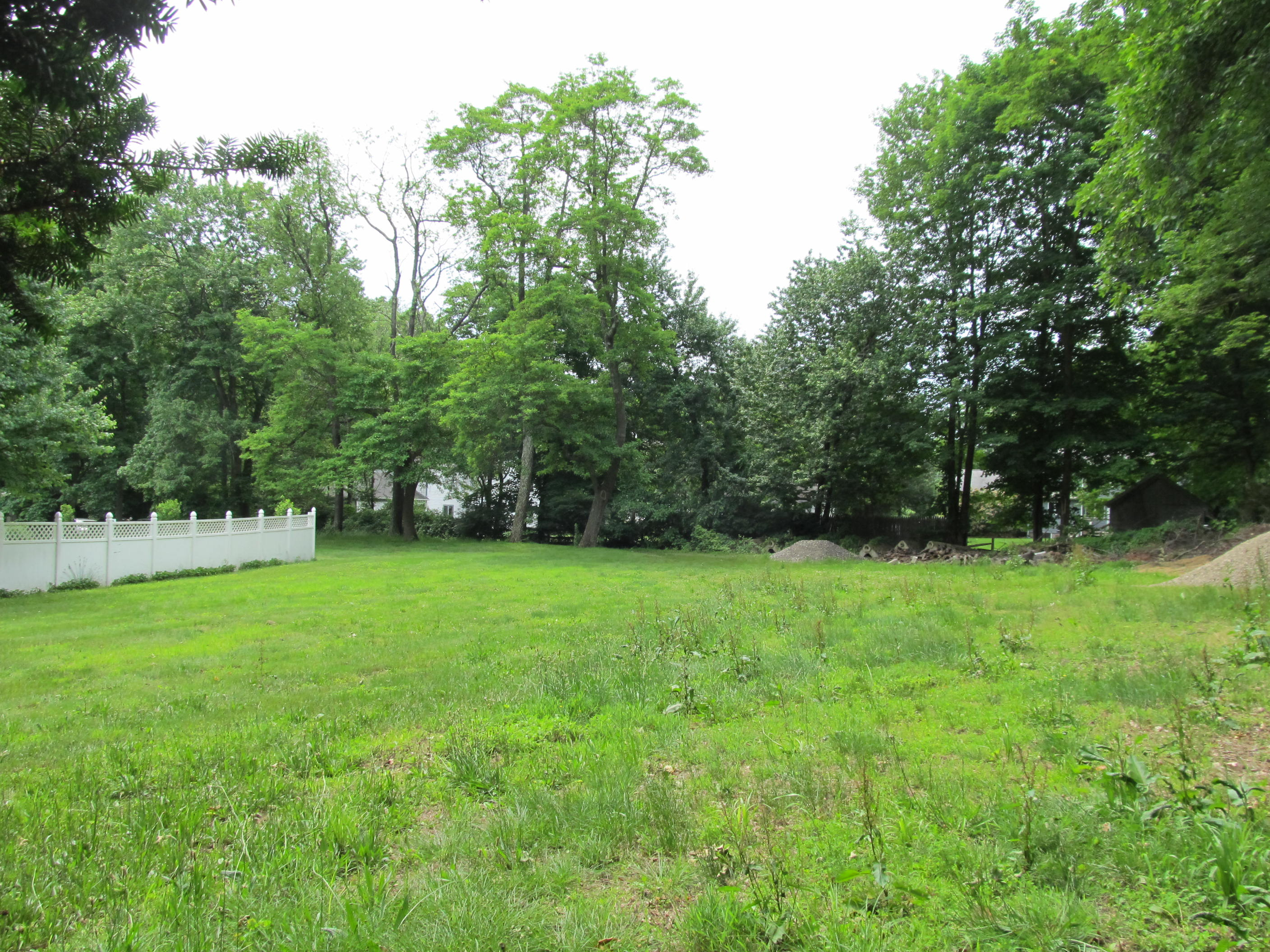 Land for Sale at Land 407 Newtown Avenue Norwalk, Connecticut, 06851 United States