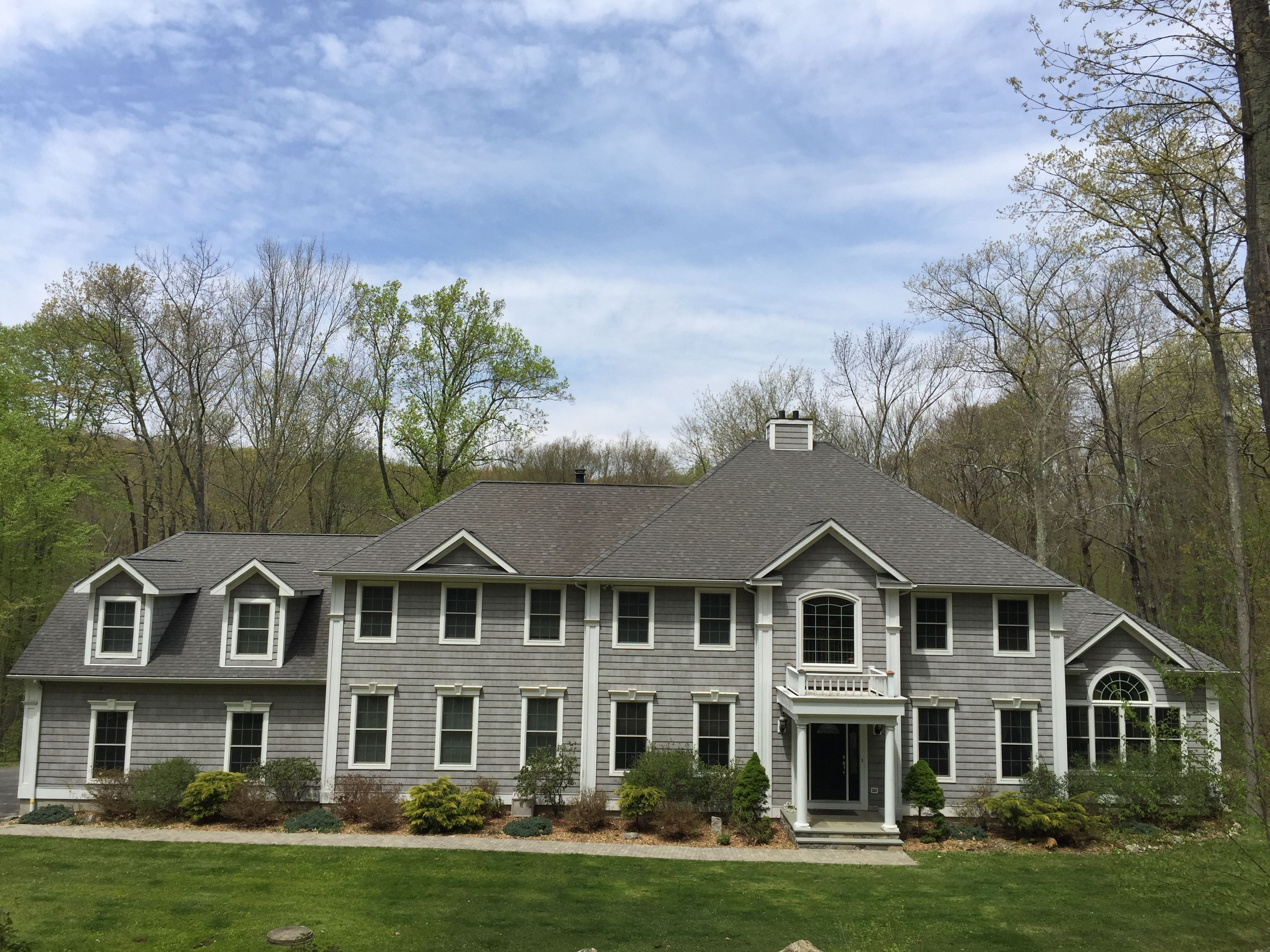 Single Family Home for Sale at Main Level En Suite Bedroom 11 Rock Ridge Court New Fairfield, Connecticut, 06812 United States