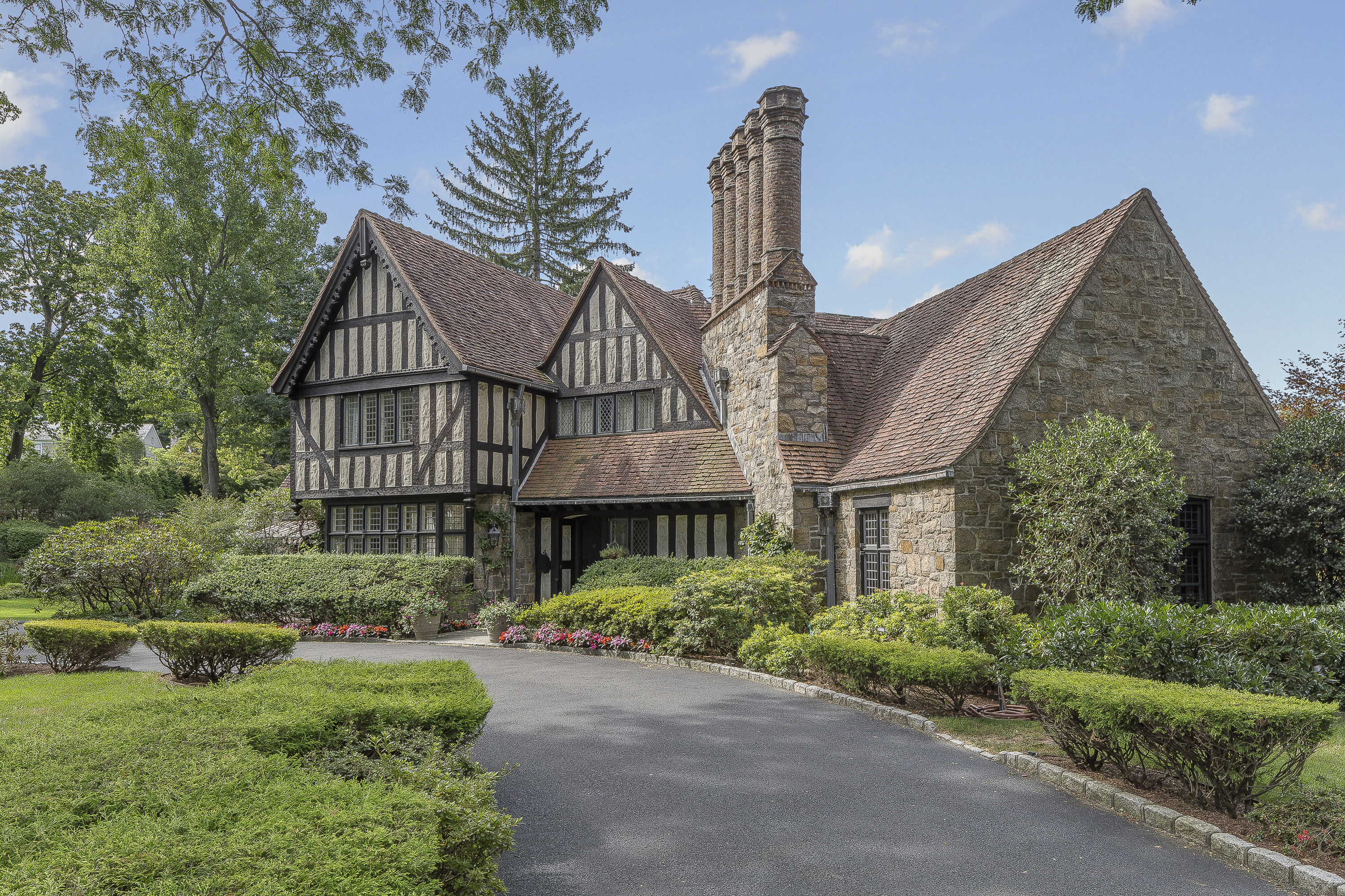 sales property at Tudor Style