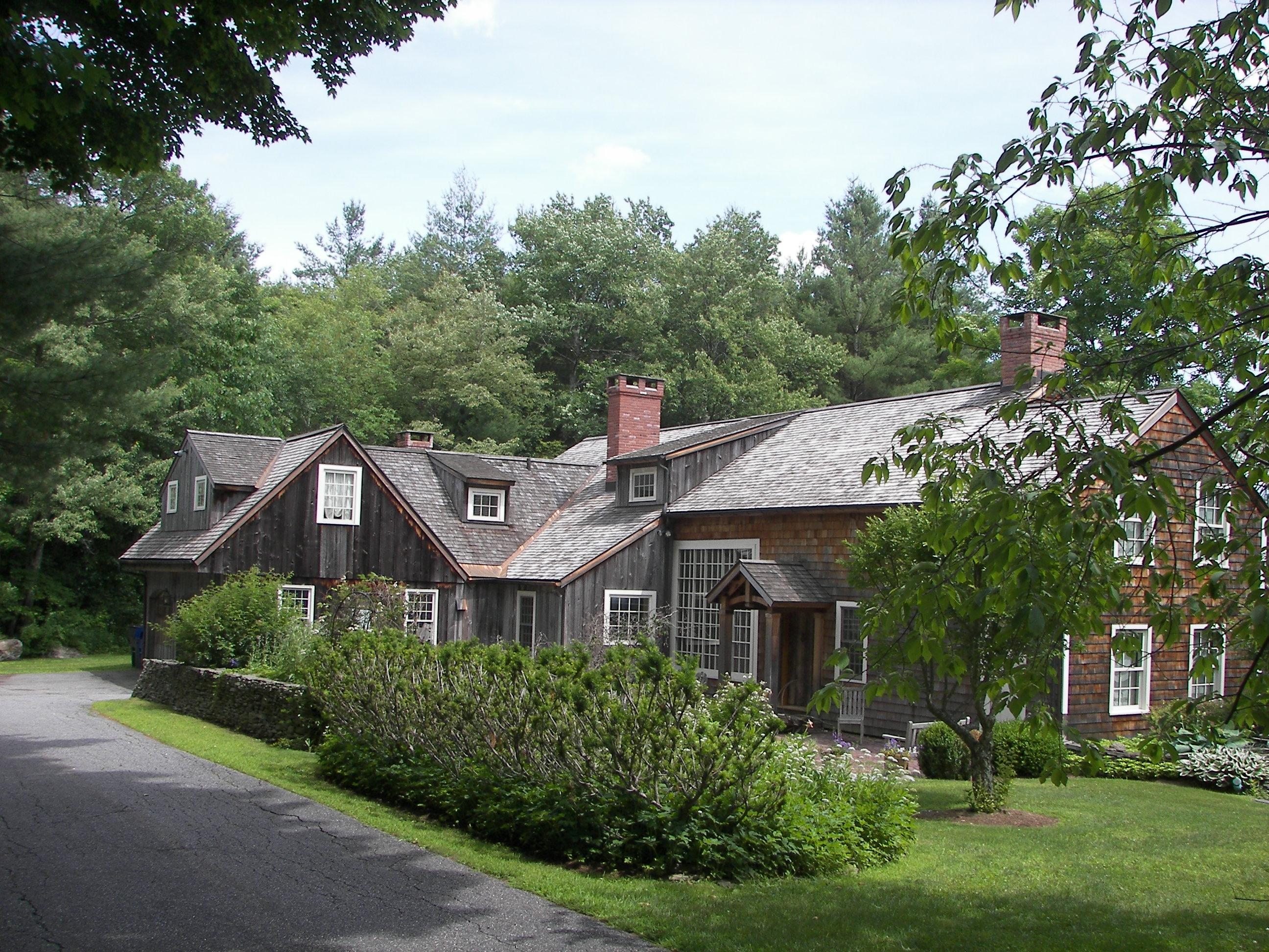独户住宅 为 销售 在 Classic 1899 Antique Barn Home 58 Saw Mill Rd 利奇菲尔德, 康涅狄格州, 06759 美国
