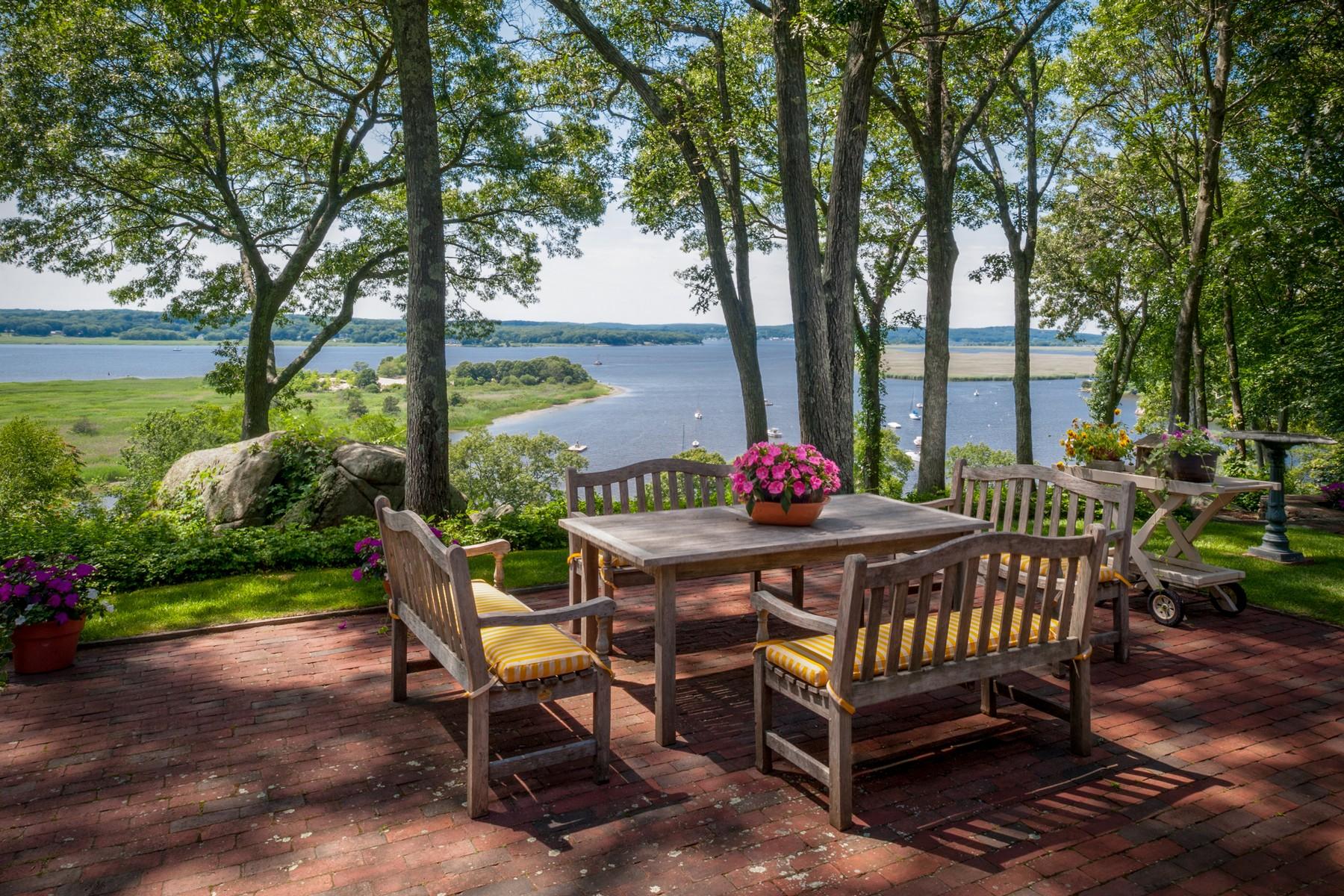 Einfamilienhaus für Verkauf beim Panoramic Views of the CT River 13 Riverbend Road Old Lyme, Connecticut 06371 Vereinigte Staaten