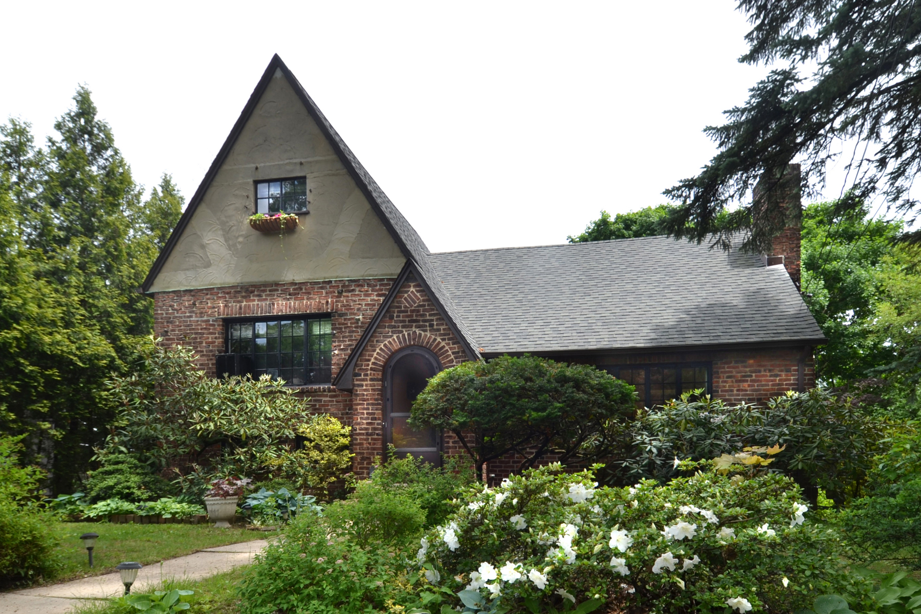 Single Family Home for Sale at Pelhamwood Tudor 49 Green Place New Rochelle, New York, 10801 United States