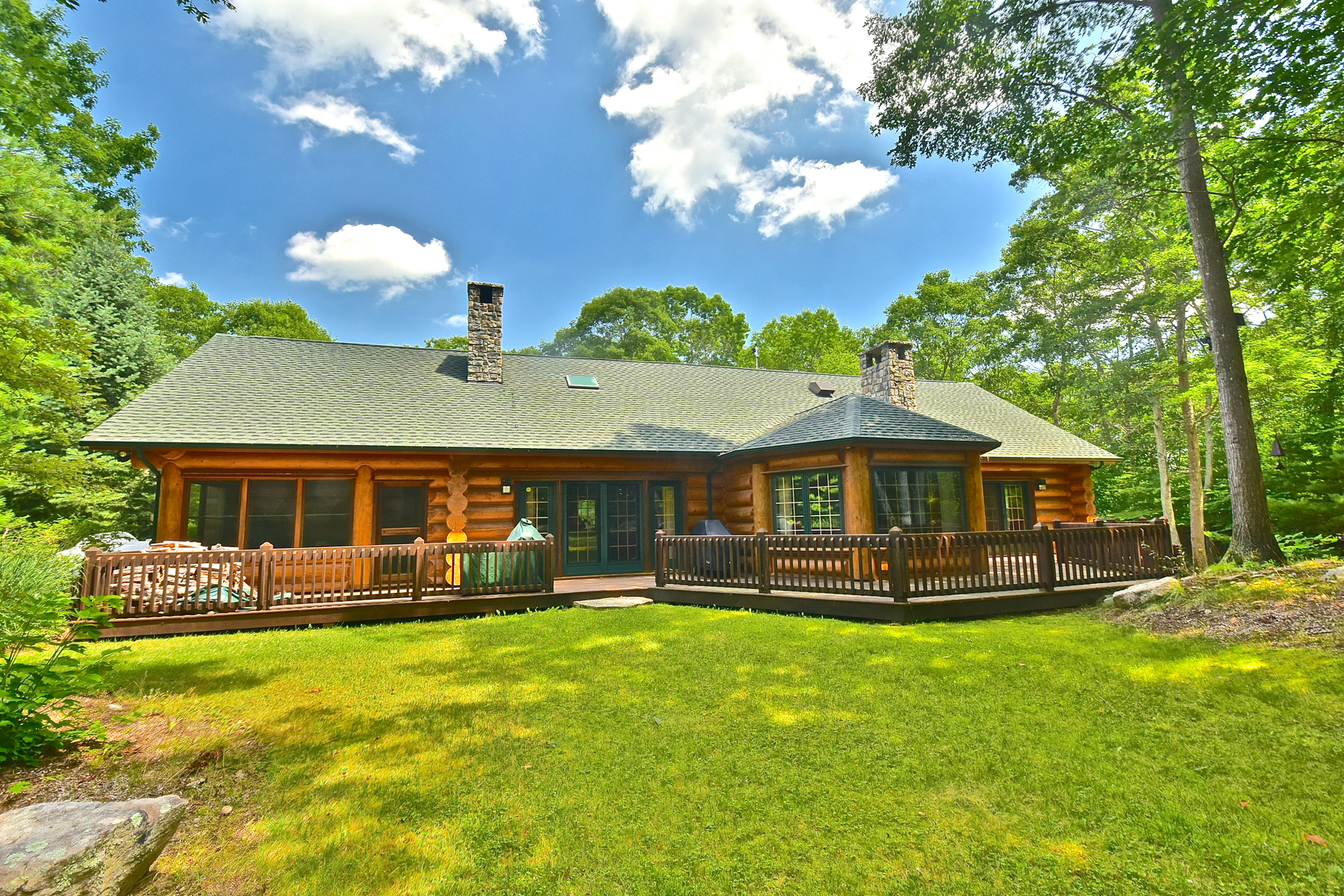 独户住宅 为 销售 在 Custom Built Estate Home 381 New London Tpke Stonington, 康涅狄格州 06378 美国