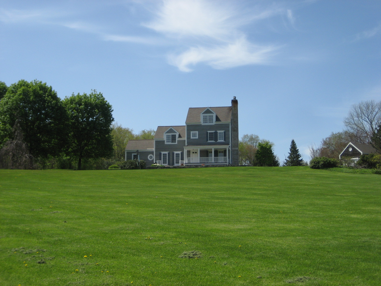 Casa Unifamiliar por un Venta en Rabbit Hill Charmer 26 Rabbit Hill Rd Warren, Connecticut 06777 Estados Unidos