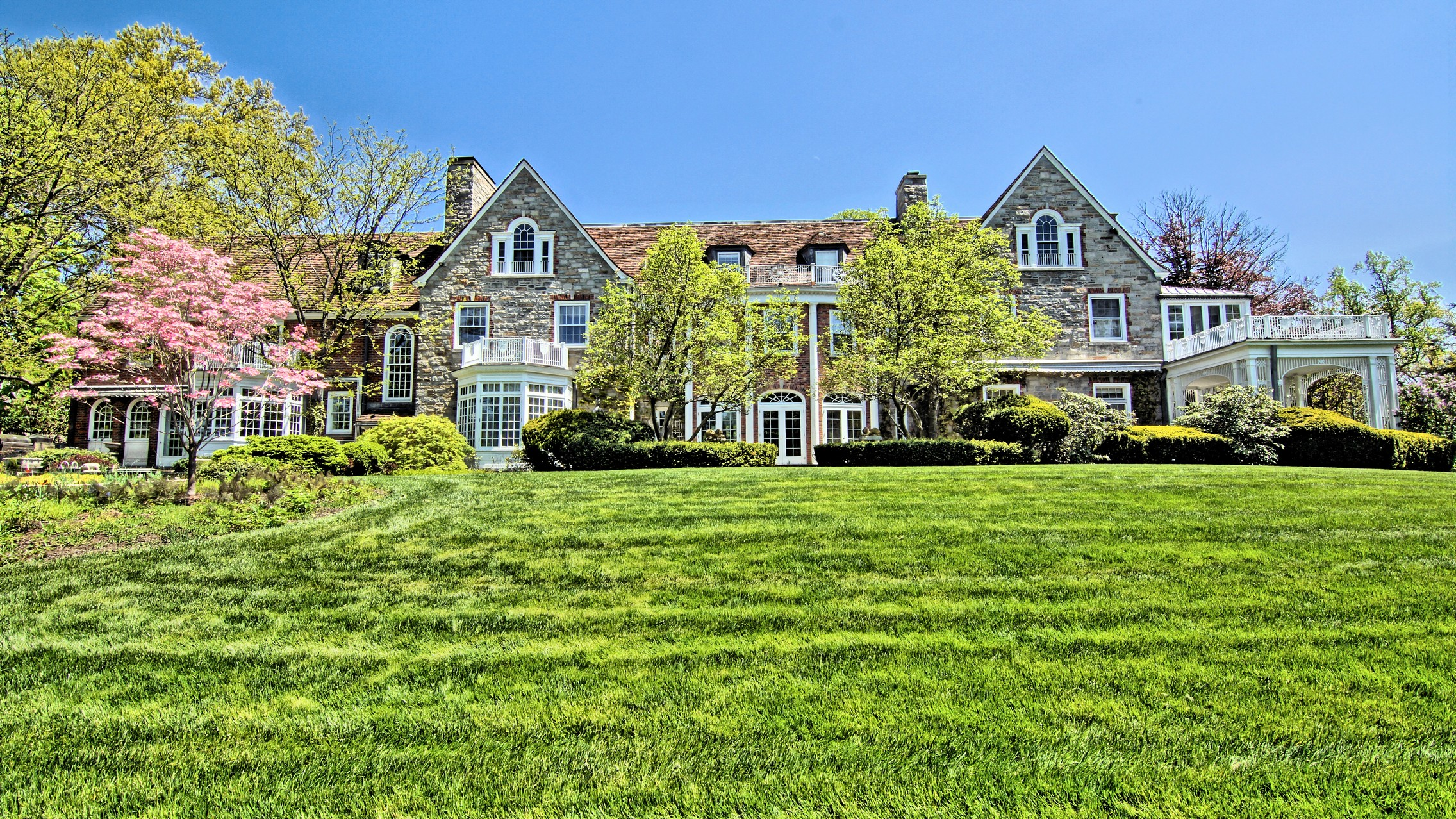 sales property at The Majesty of New England