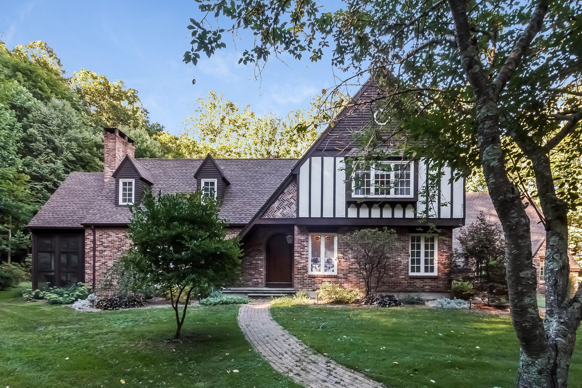 Einfamilienhaus für Verkauf beim 35 Georgetown Circle Madison, Connecticut, 06443 Vereinigte Staaten