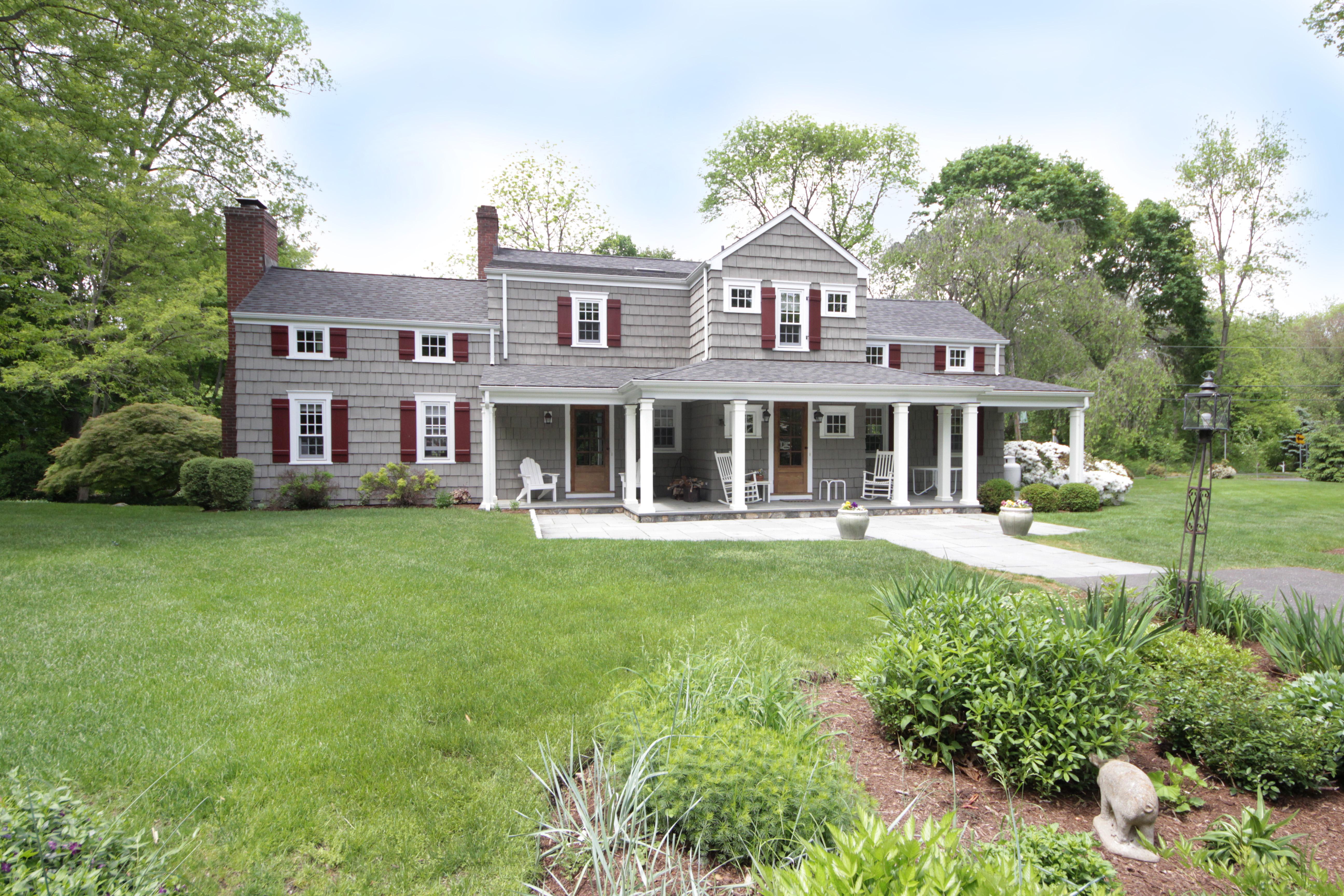 Einfamilienhaus für Verkauf beim Historic Rowayton Gem 56 Wilson Avenue Norwalk, Connecticut 06853 Vereinigte Staaten