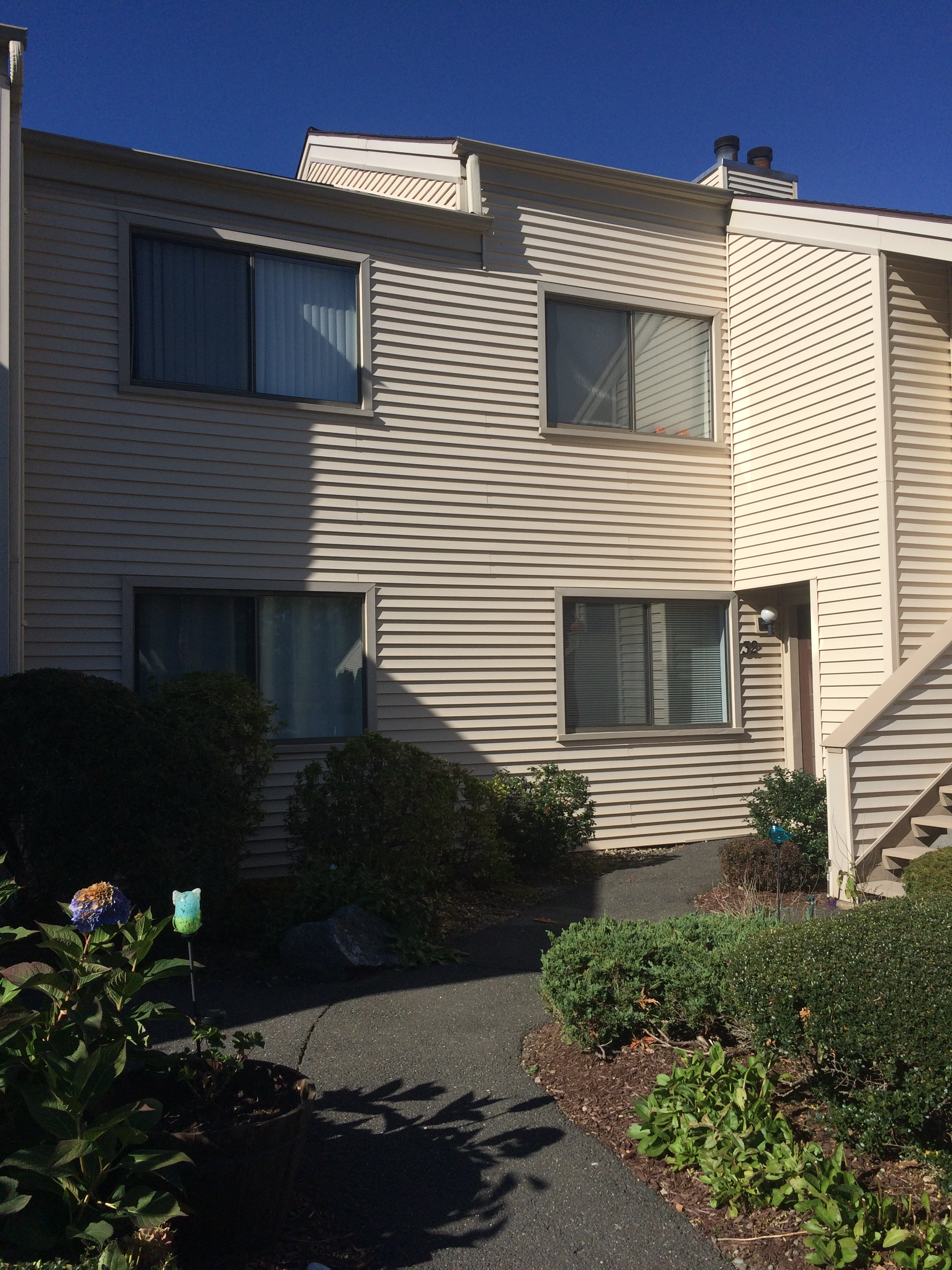 Condominium for Sale at Two Bedroom Lower Level Ranch 32 Natureview Trail 32 Bethel, Connecticut 06801 United States