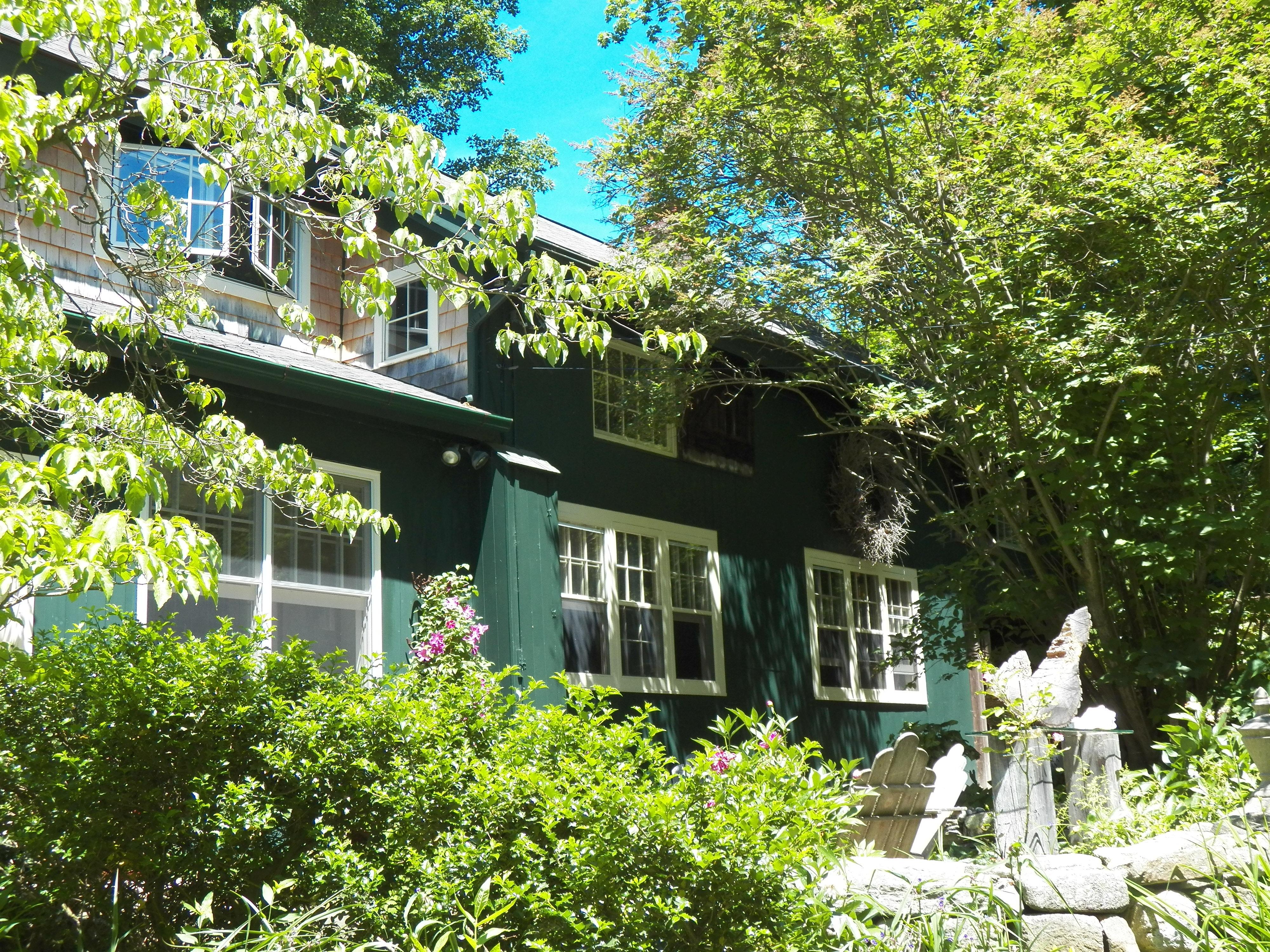 Maison unifamiliale pour l Vente à Converted Tobacco Barn 7 Kirby Rd Washington, Connecticut, 06794 États-Unis