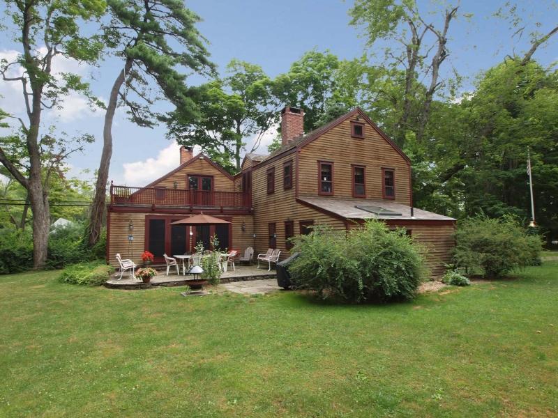 獨棟家庭住宅 為 出售 在 Country Compound 177 Lonetown Road Redding, 康涅狄格州 06896 美國