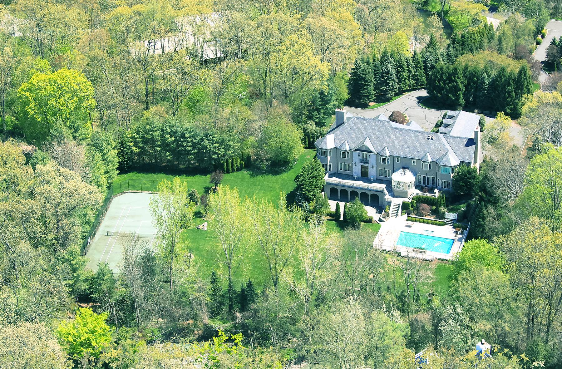 단독 가정 주택 용 매매 에 Elegant Estate 1 Laurelwood Court Rye, 뉴욕 10580 미국