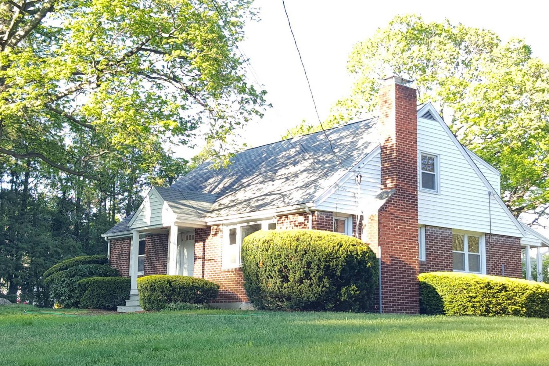 Nhà ở một gia đình vì Bán tại Cranbury Cape 20 Toilsome Avenue Norwalk, Connecticut, 06851 Hoa Kỳ