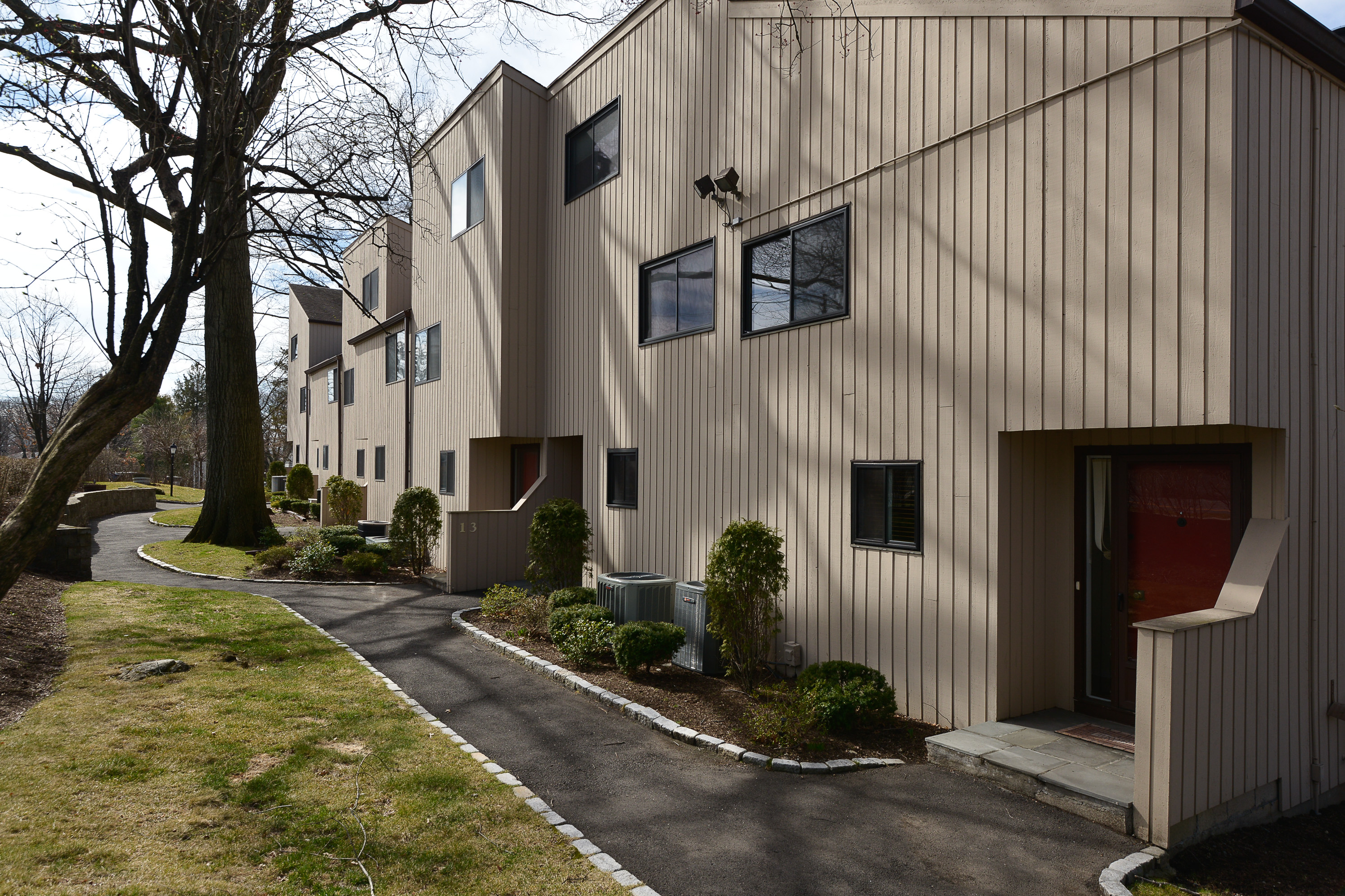 Condominium for Sale at Hillandale Village in Glenbrook 100 Hope Street 11 Stamford, Connecticut, 06906 United States