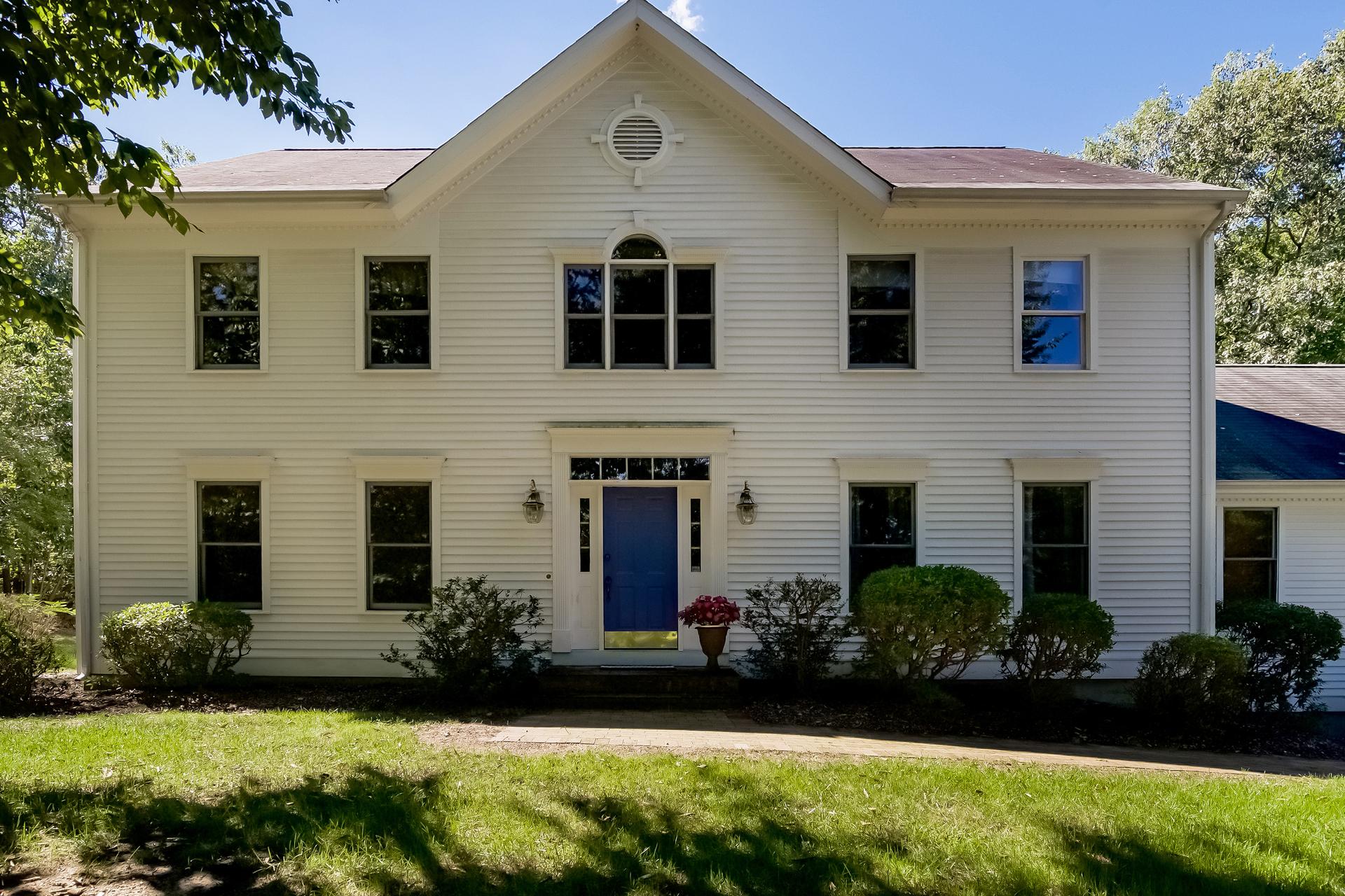 Einfamilienhaus für Verkauf beim 14 Buck Hill Rd Madison, Connecticut, 06443 Vereinigte Staaten