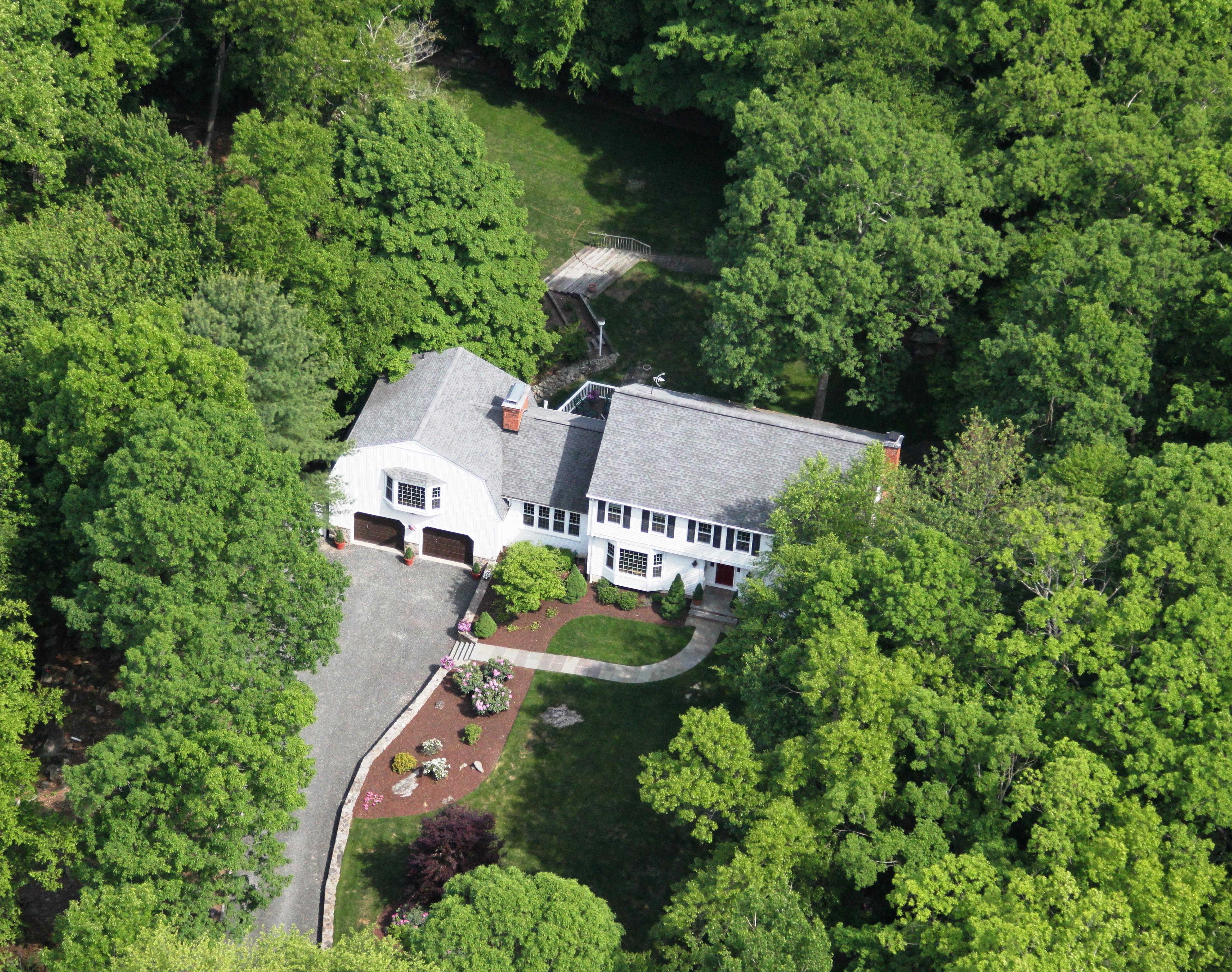 Частный односемейный дом для того Продажа на Builder's Own 69 Nod Road Ridgefield, Коннектикут 06877 Соединенные Штаты